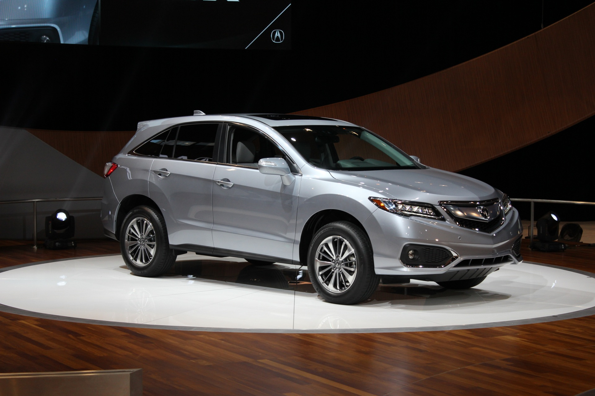 and drive review rdx article workmans suv w hot car advance crossover seller acura package price reviews gallery photo