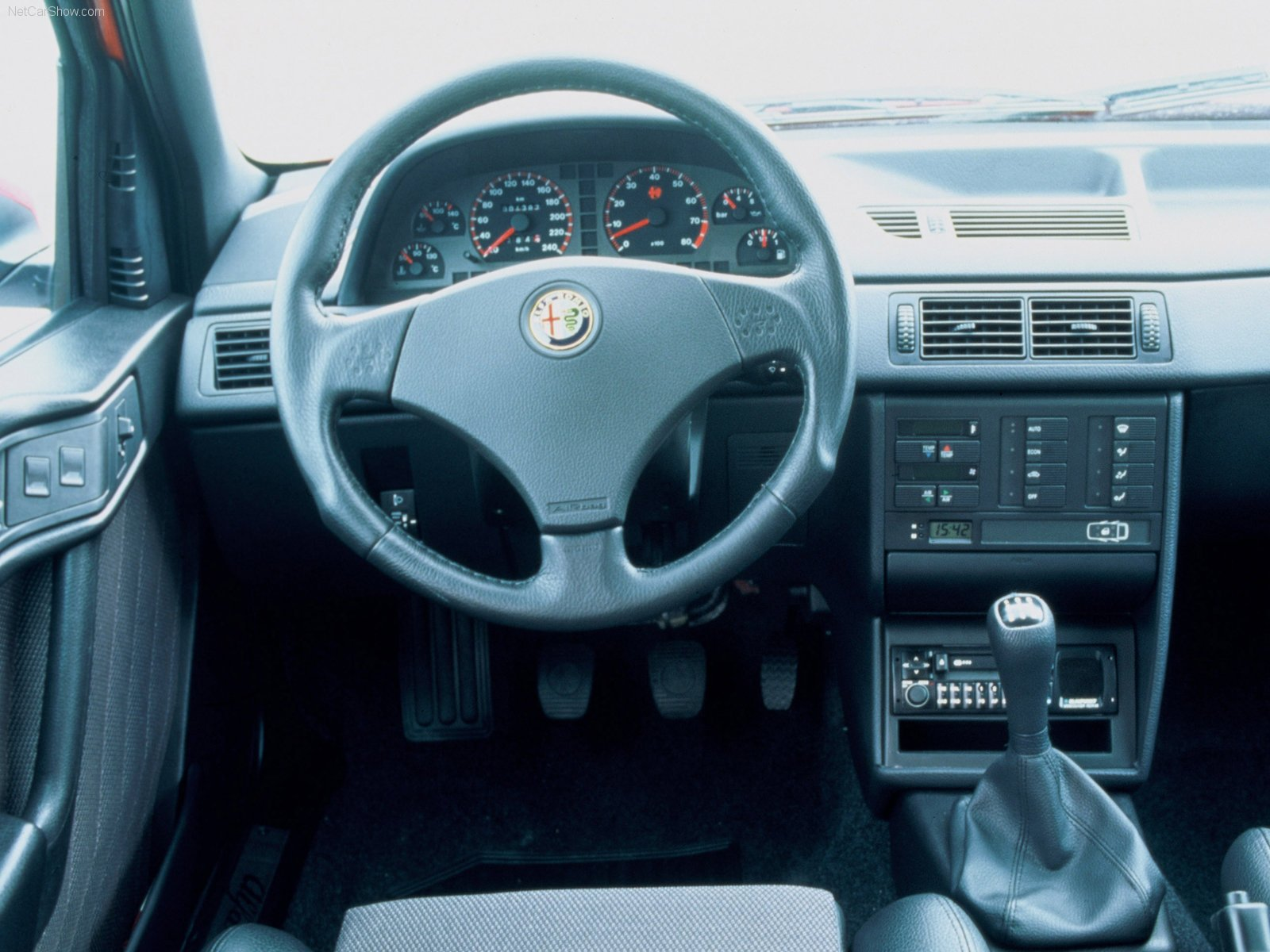 alfa romeo 155 wallpaper
