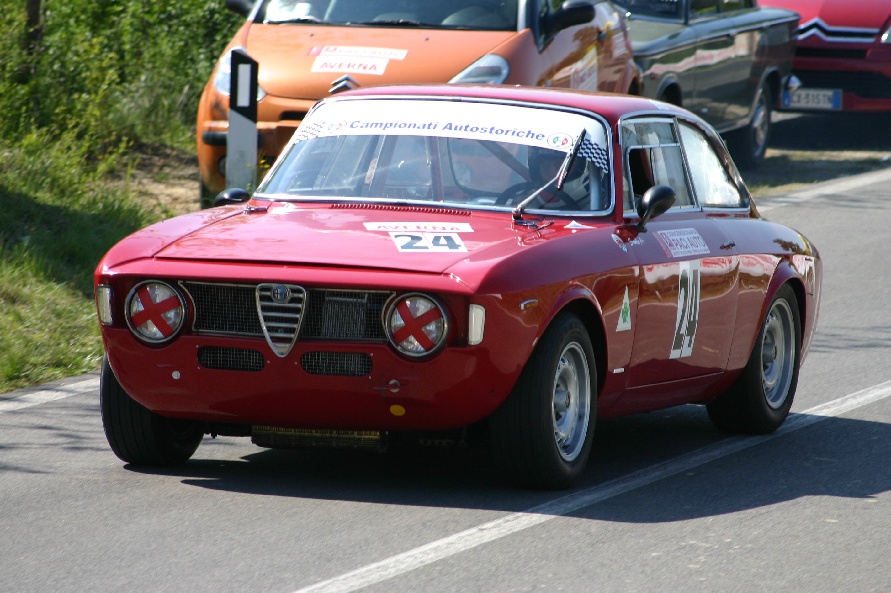 alfa romeo gta coupe pictures #2