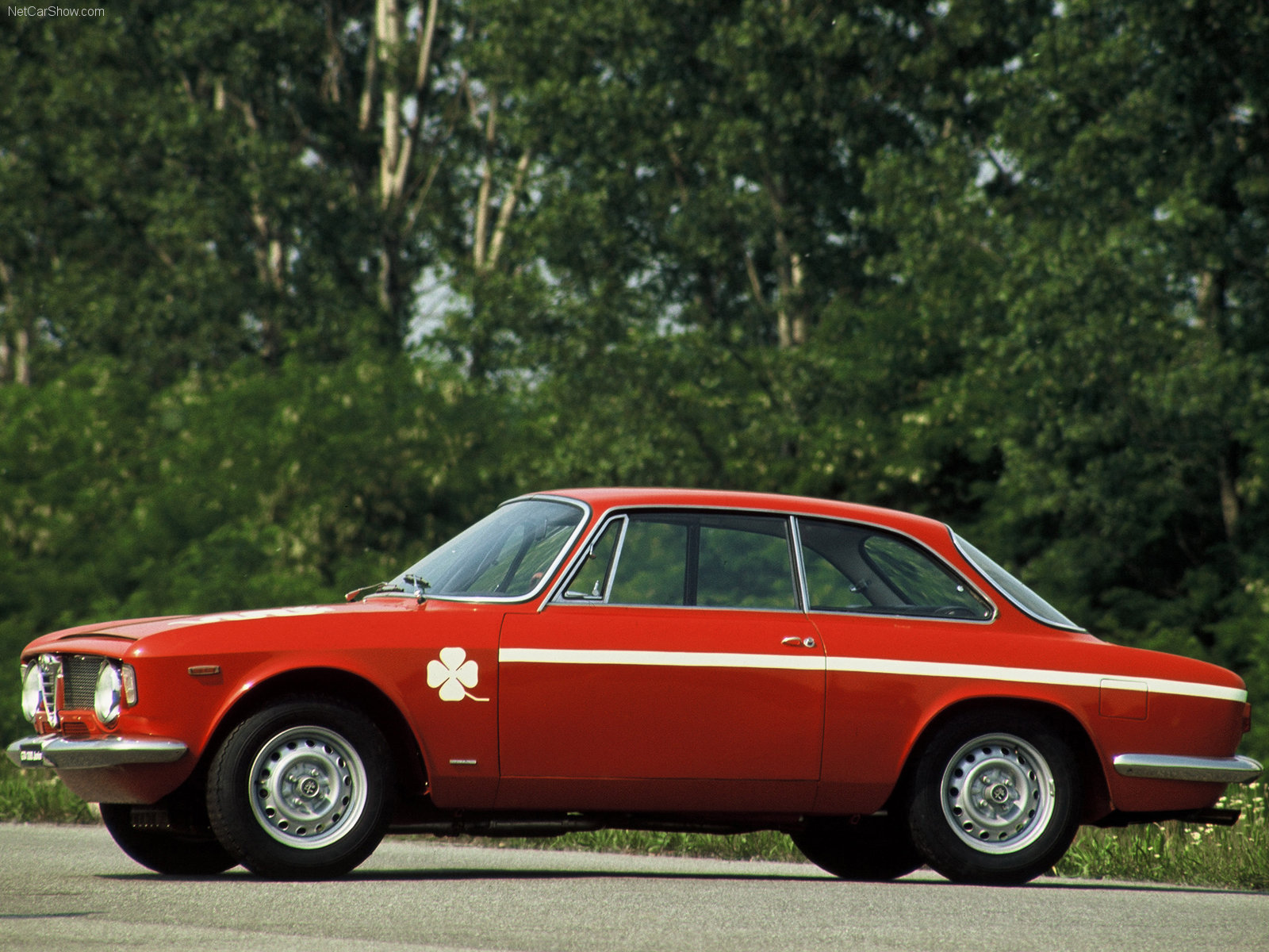 alfa romeo gta coupe pictures #10