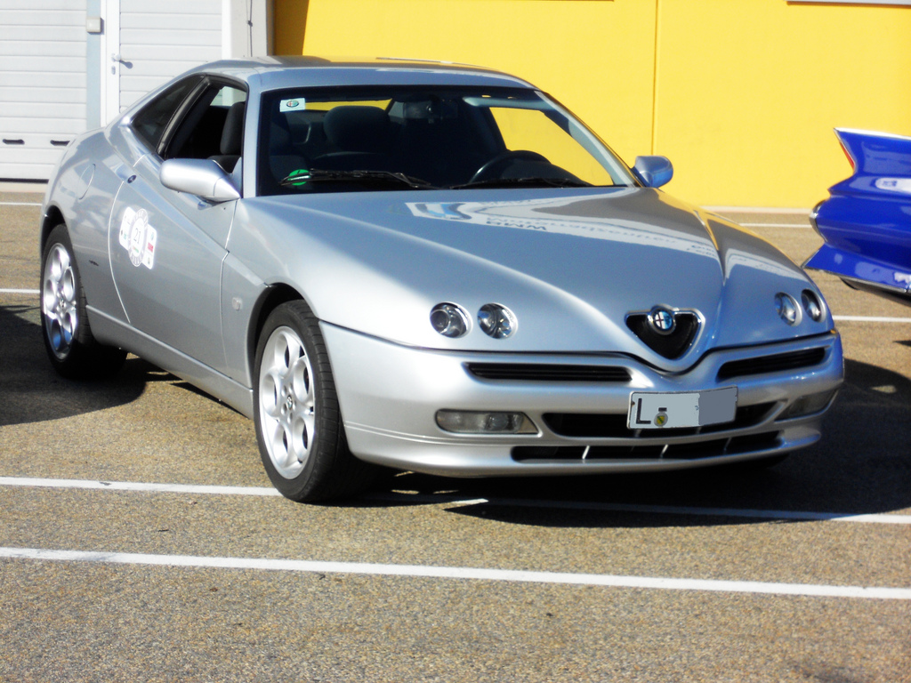 2000 Alfa Romeo Gtv 916 Pictures Information And