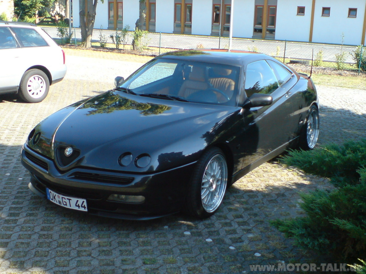 2001 Alfa romeo Gtv (916) – pictures, information and