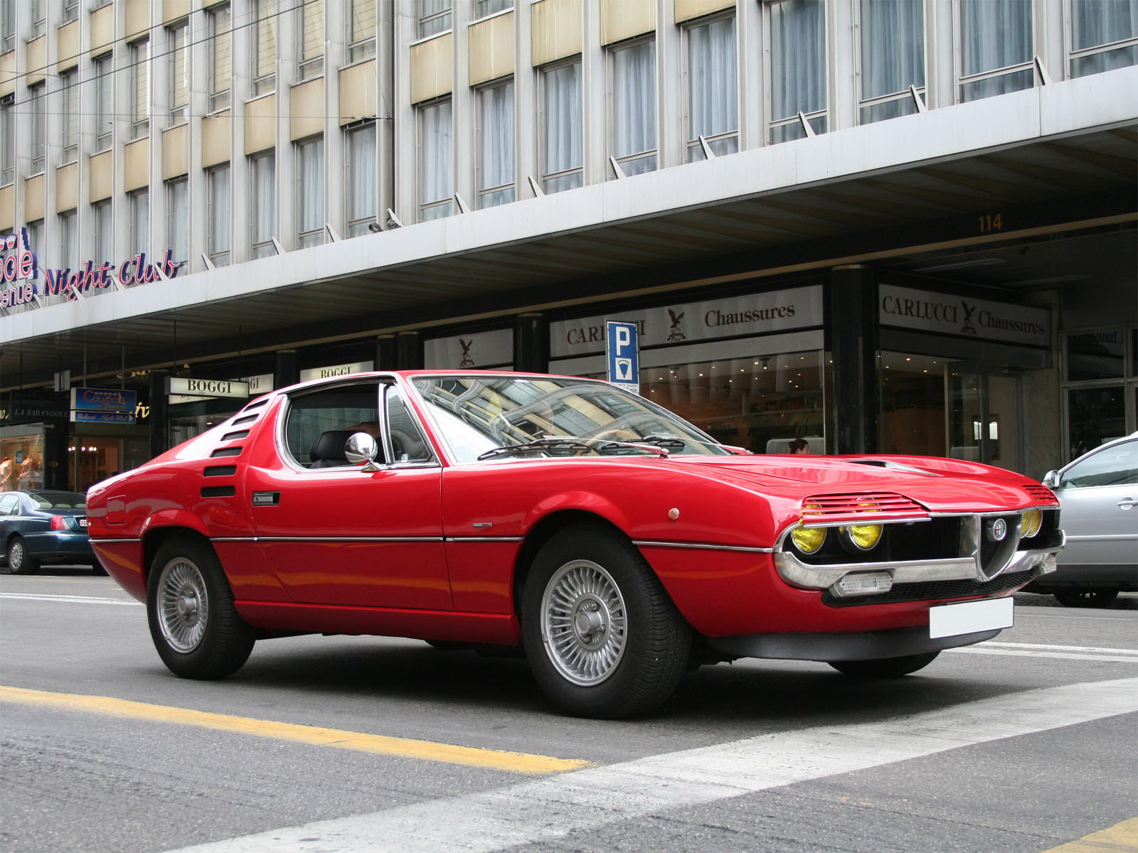 Alfa romeo montreal pictures information and specs for Garage alfa romeo luxembourg