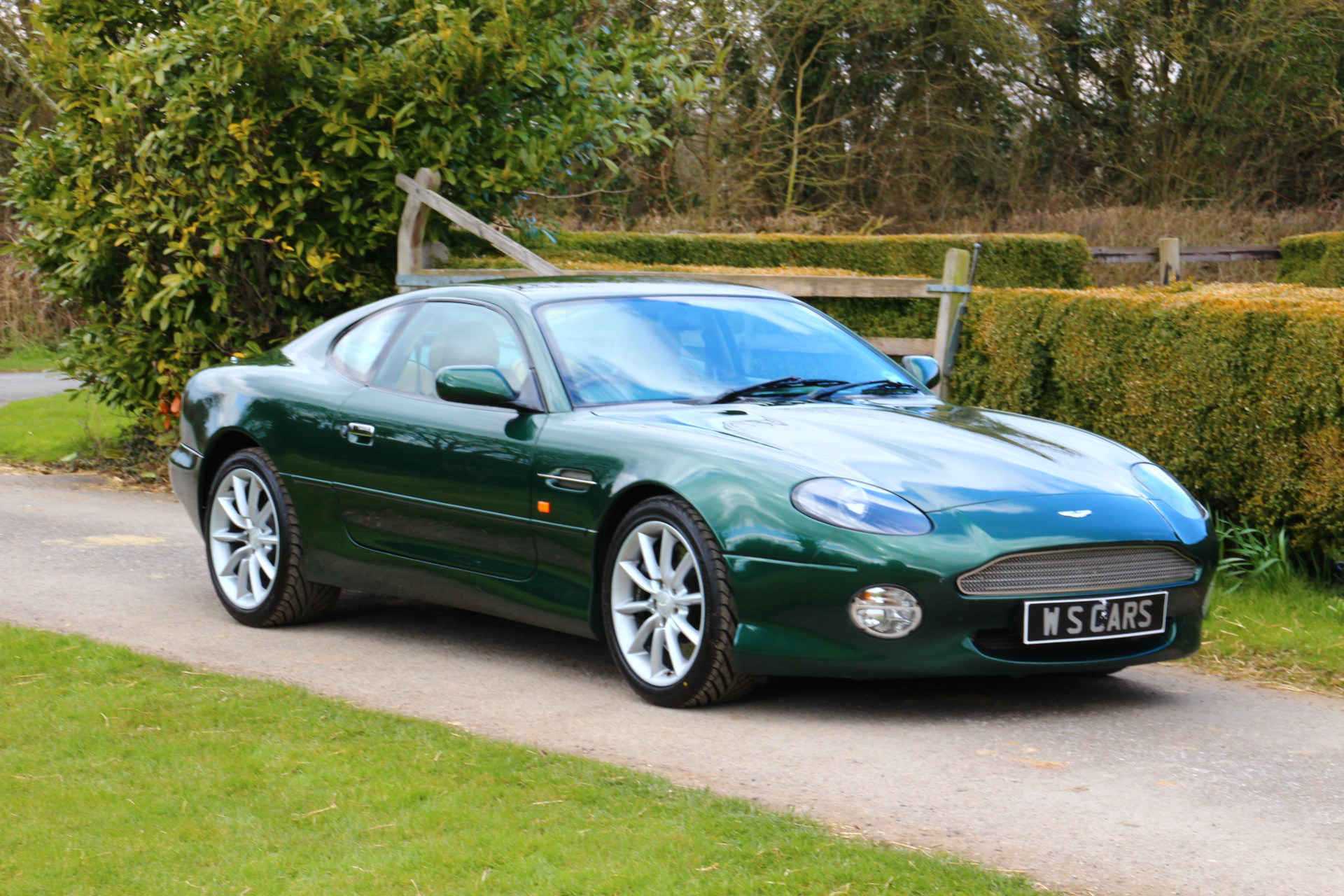 2001 aston martin db7 vantage � pictures information and