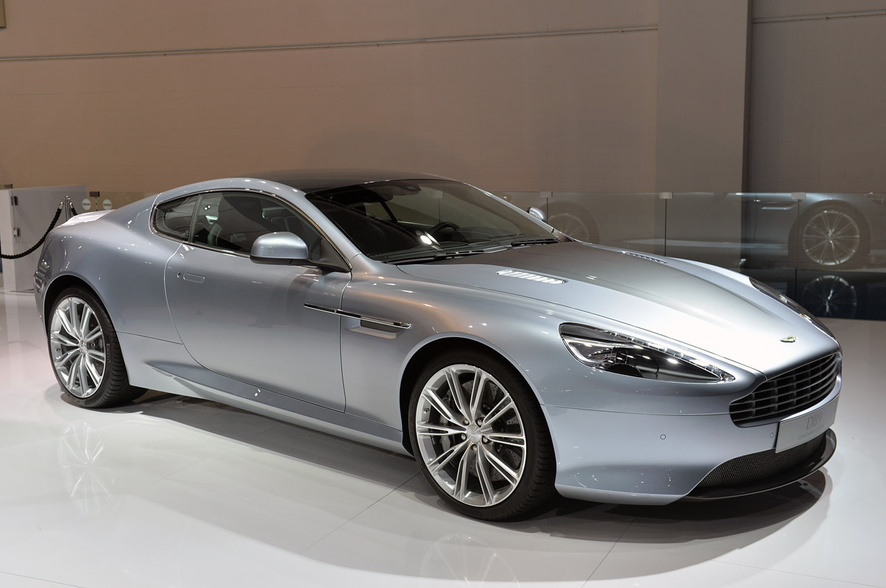 aston martin db9 coupe 2013 models