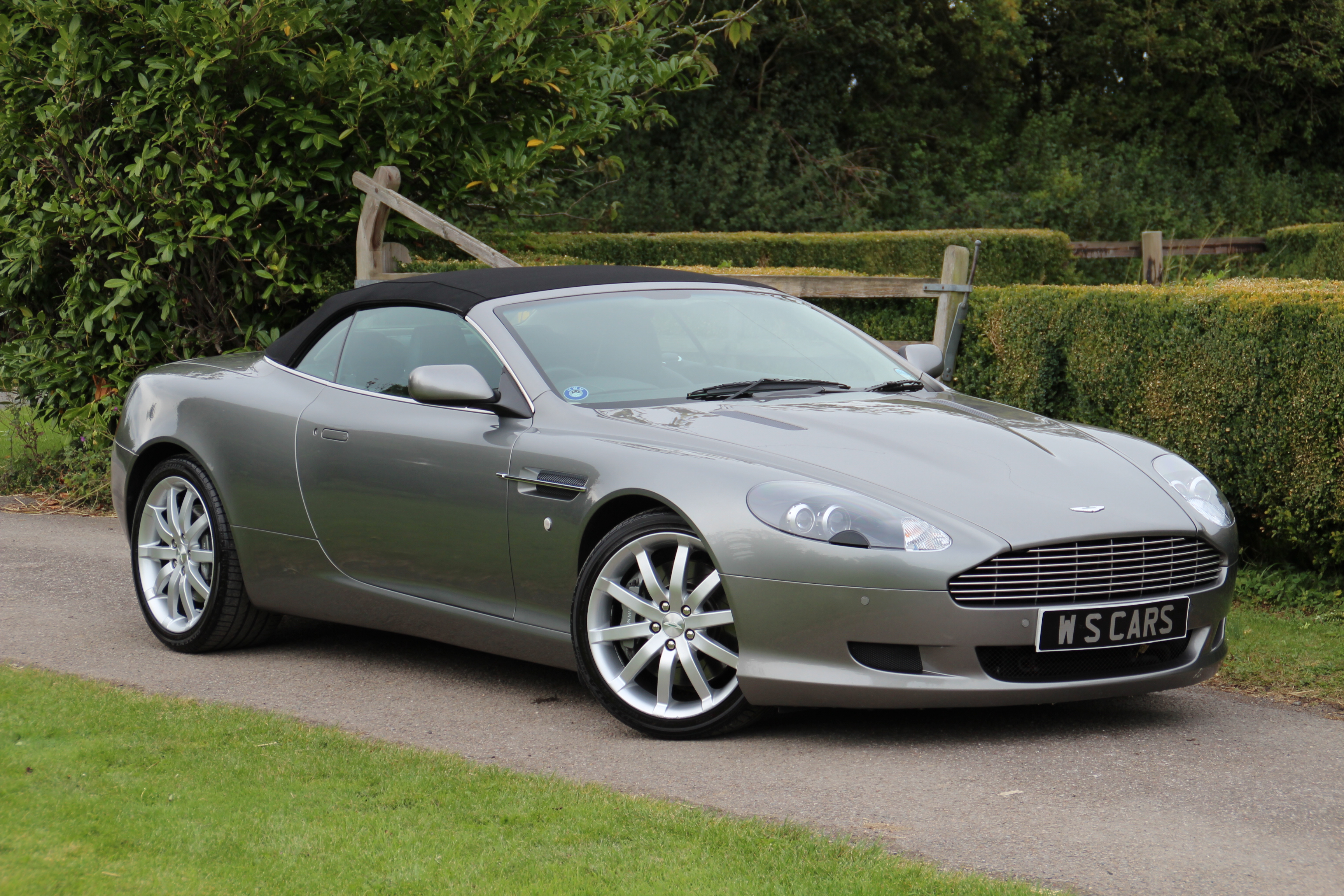 aston martin db9 voltane 2007 images