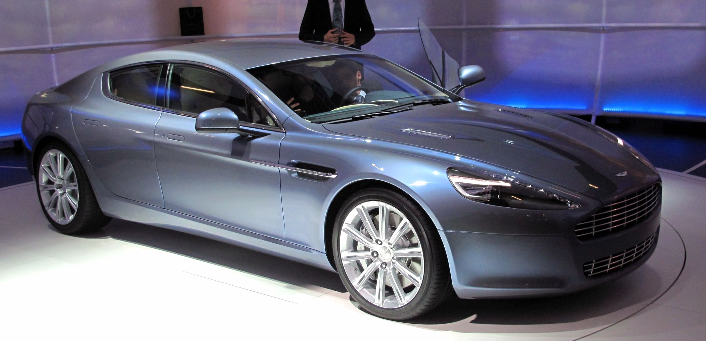 aston martin rapide images #9