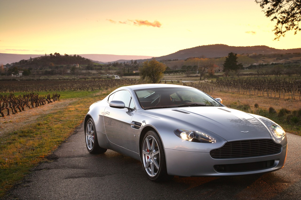 aston martin v8 wallpaper #4