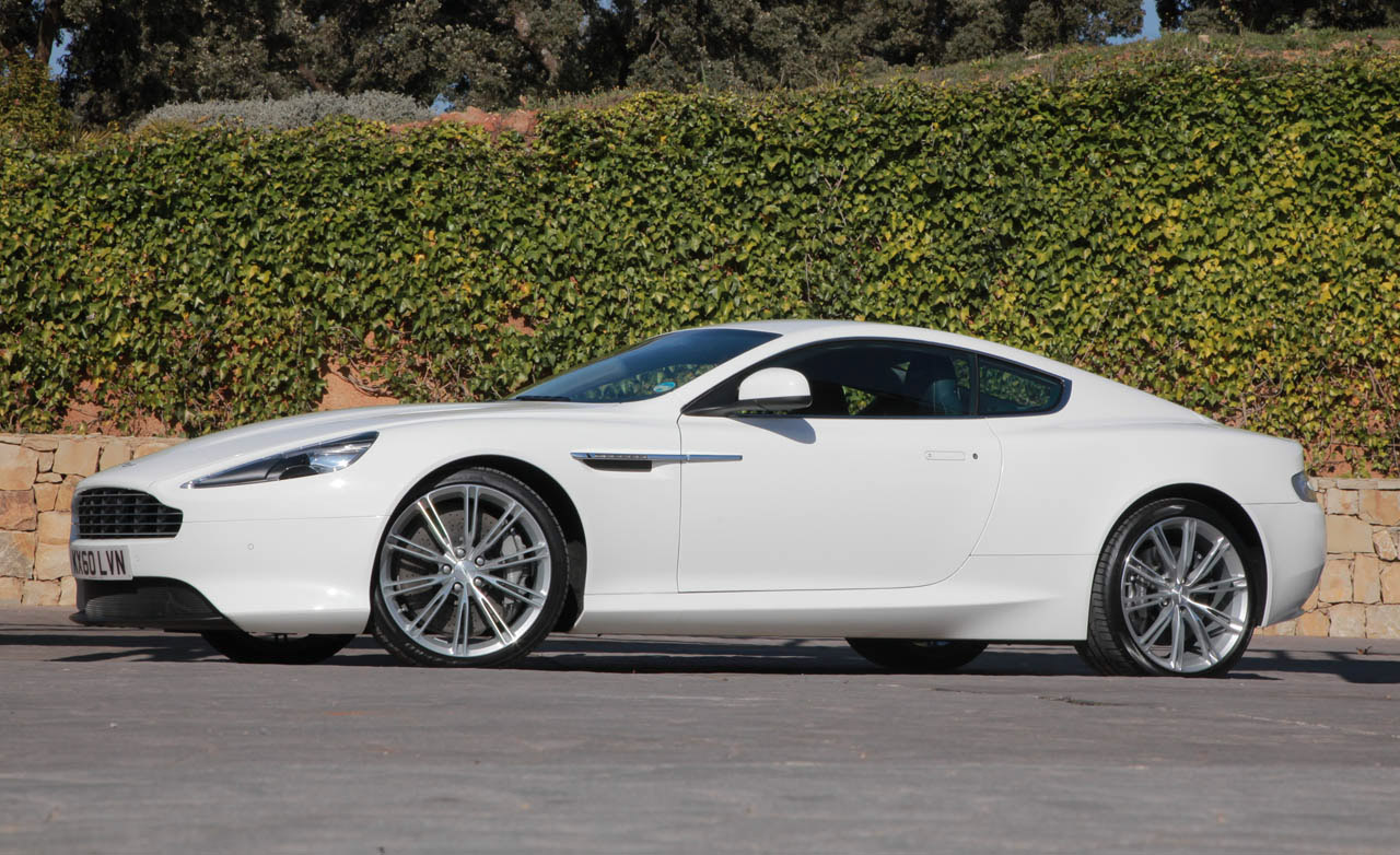 aston martin virage wallpaper