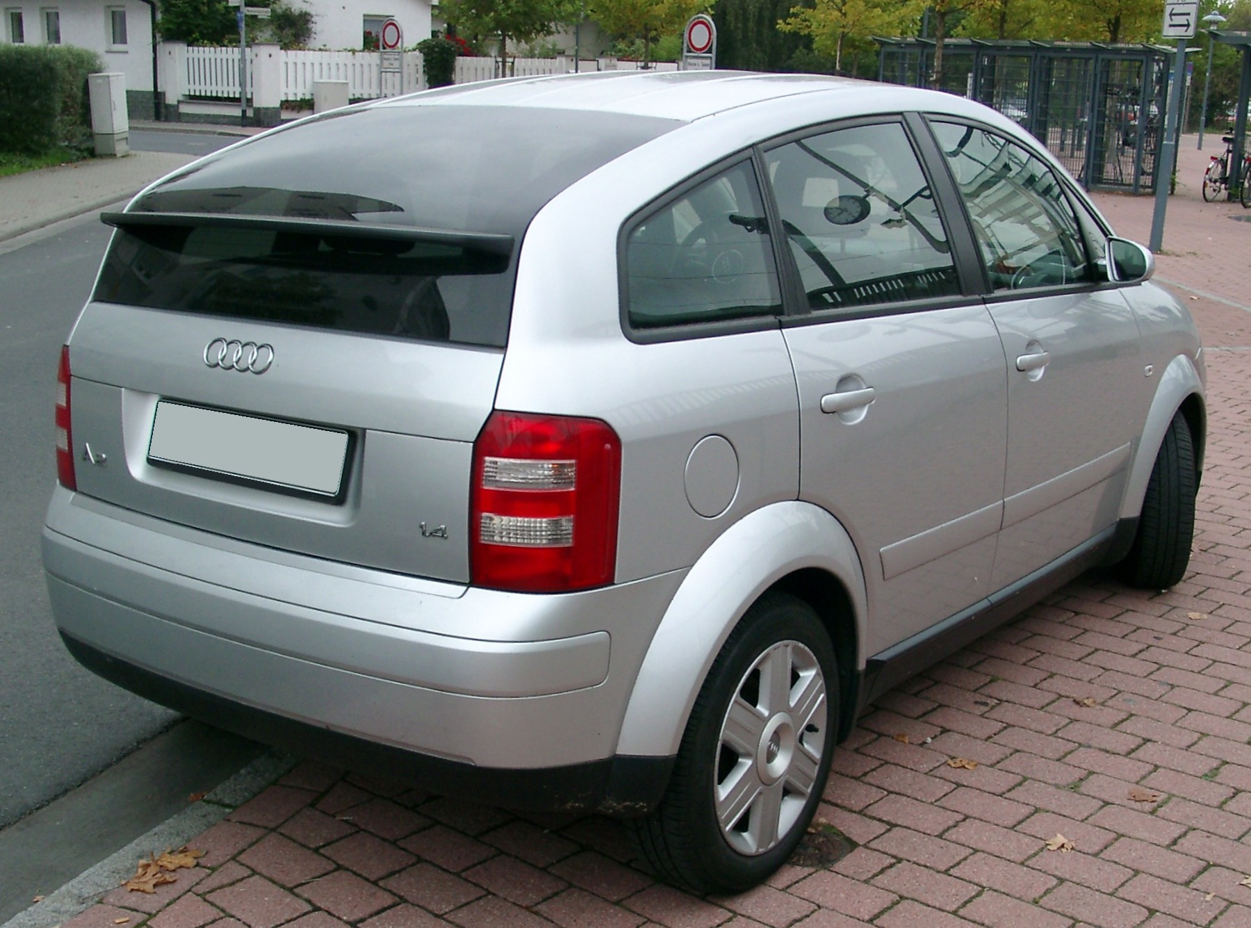 audi a2 pictures