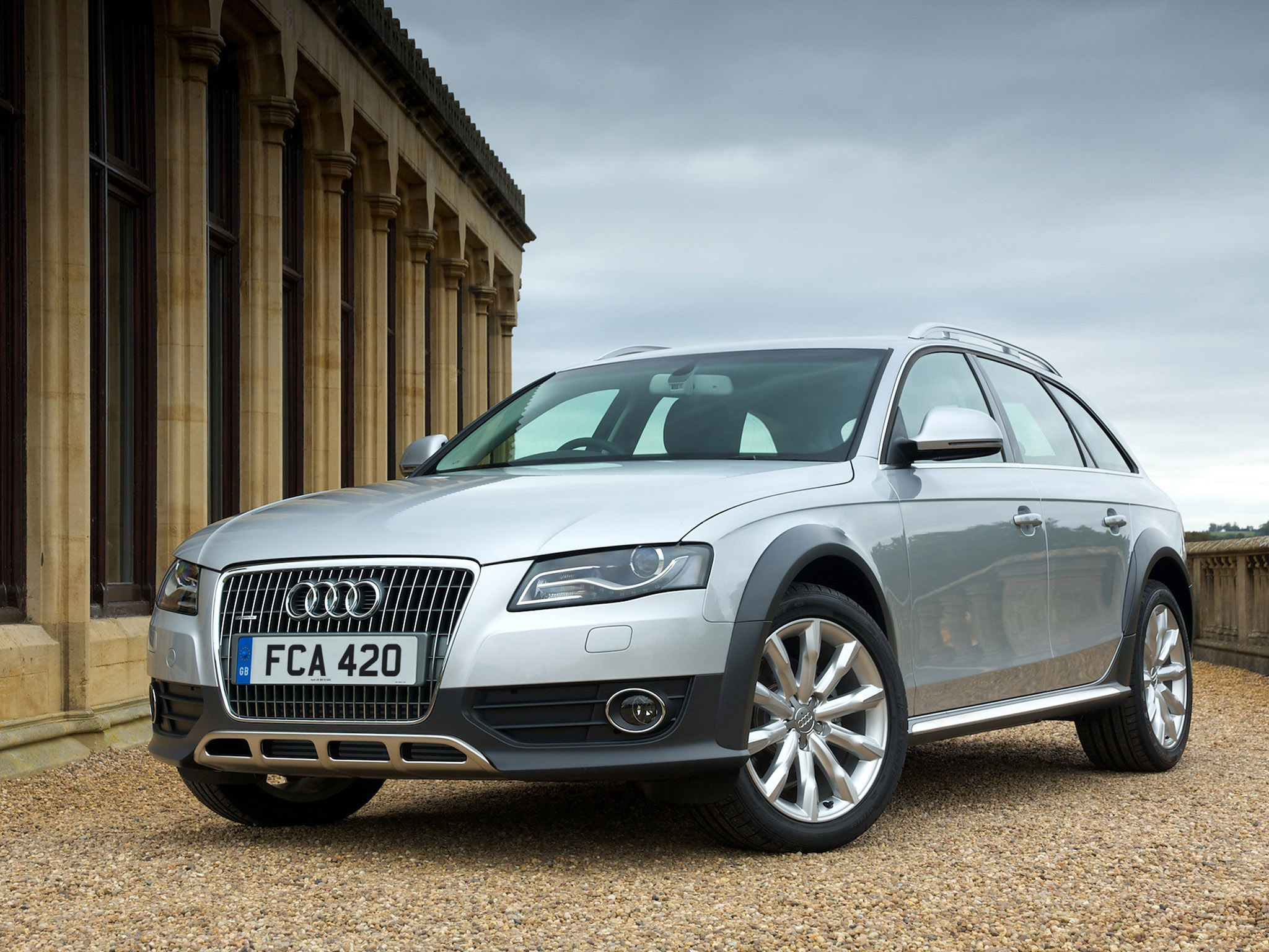 2009 audi a4 allroad b8 pictures information and. Black Bedroom Furniture Sets. Home Design Ideas