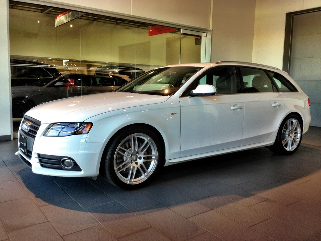 2011 audi a4 avant b8 pictures information and specs auto. Black Bedroom Furniture Sets. Home Design Ideas
