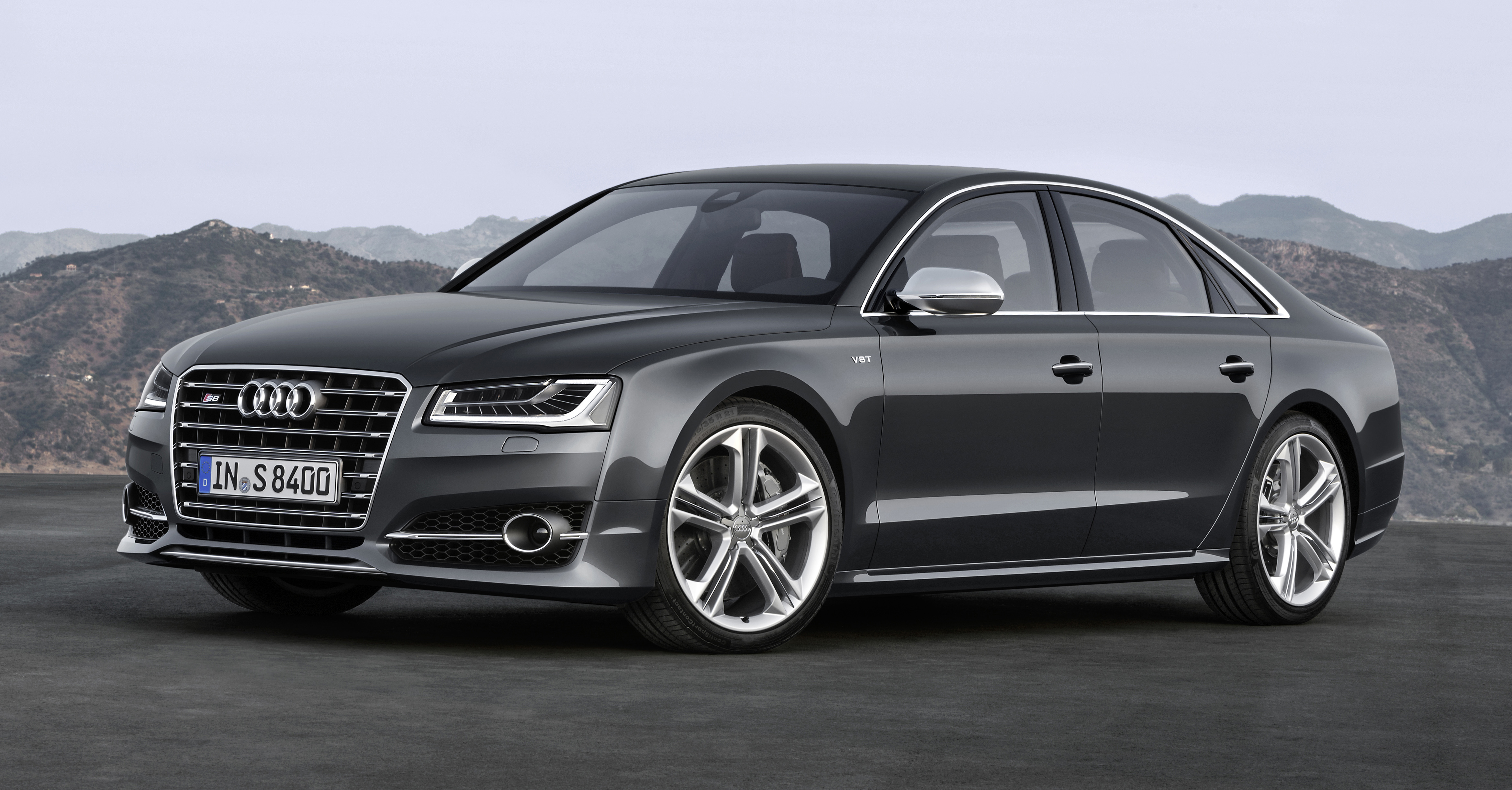 Audi A8 – pictures, informatio...