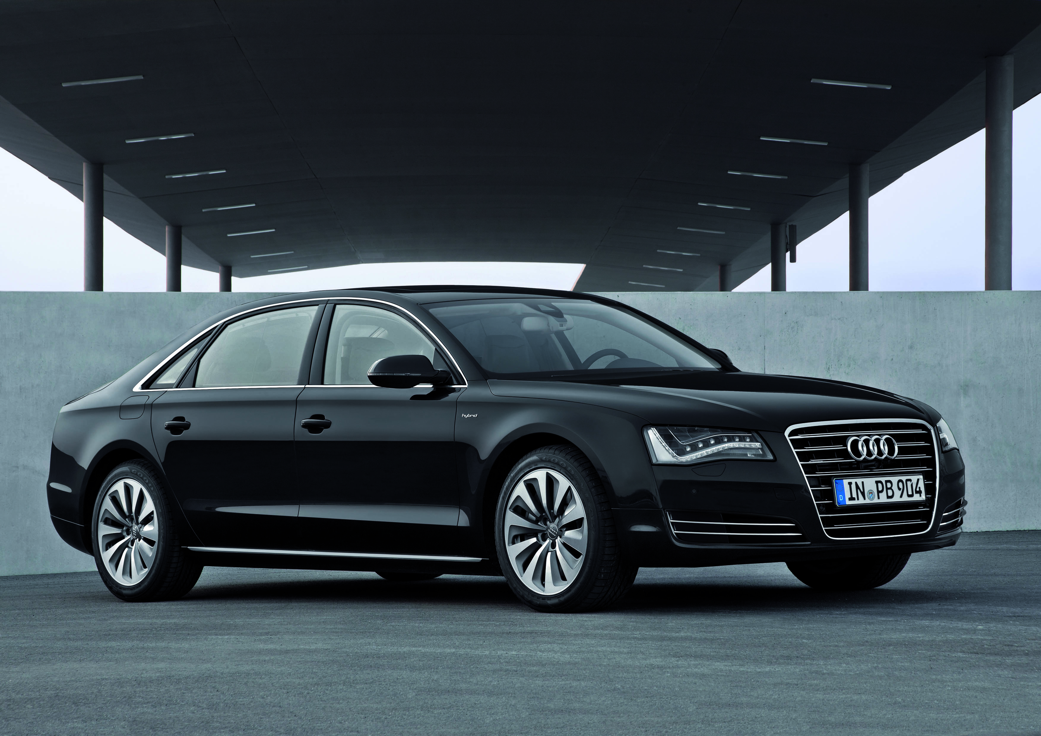 audi a8 pictures #14