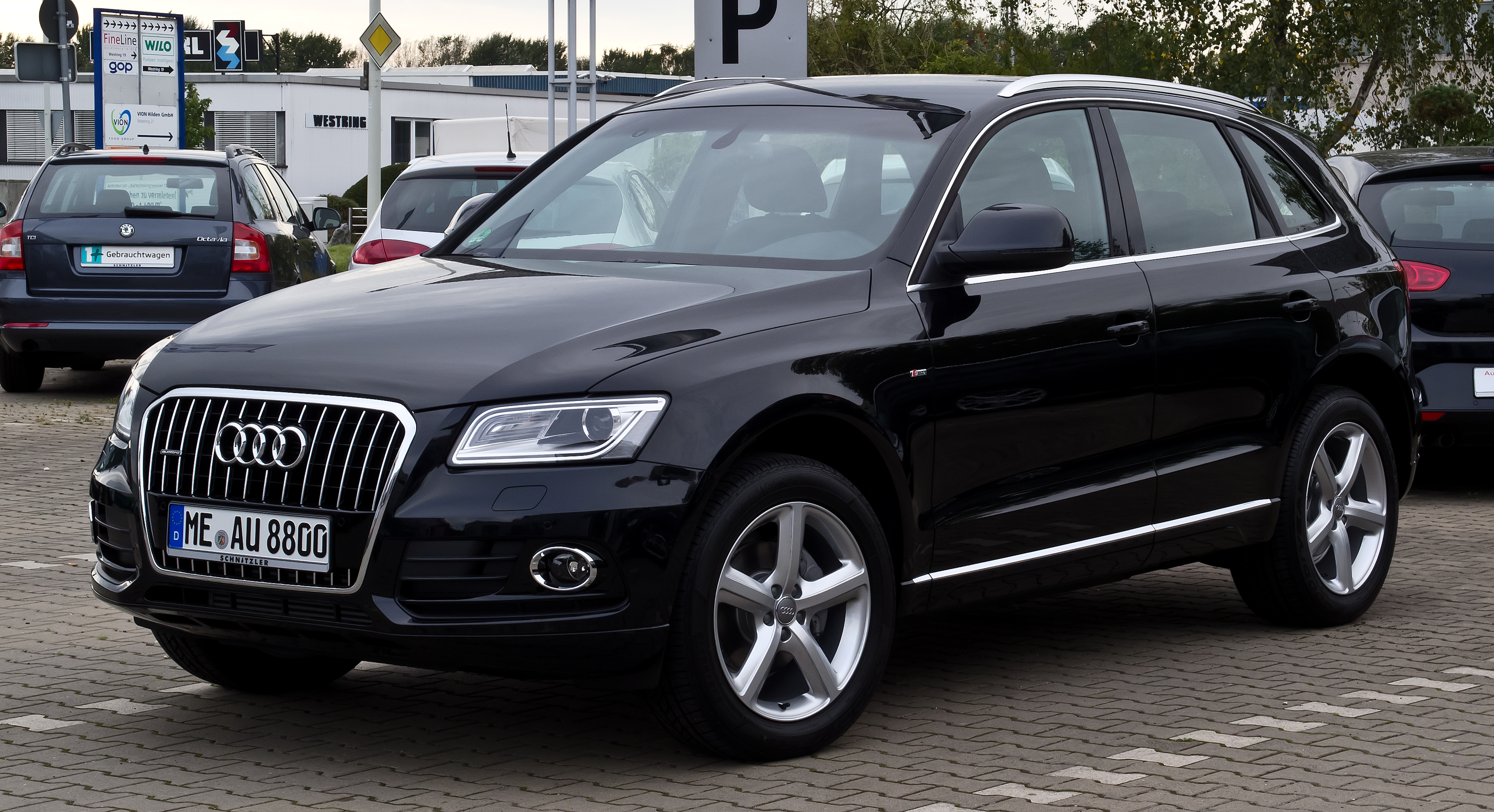 2011 audi q5 pictures information and specs auto. Black Bedroom Furniture Sets. Home Design Ideas