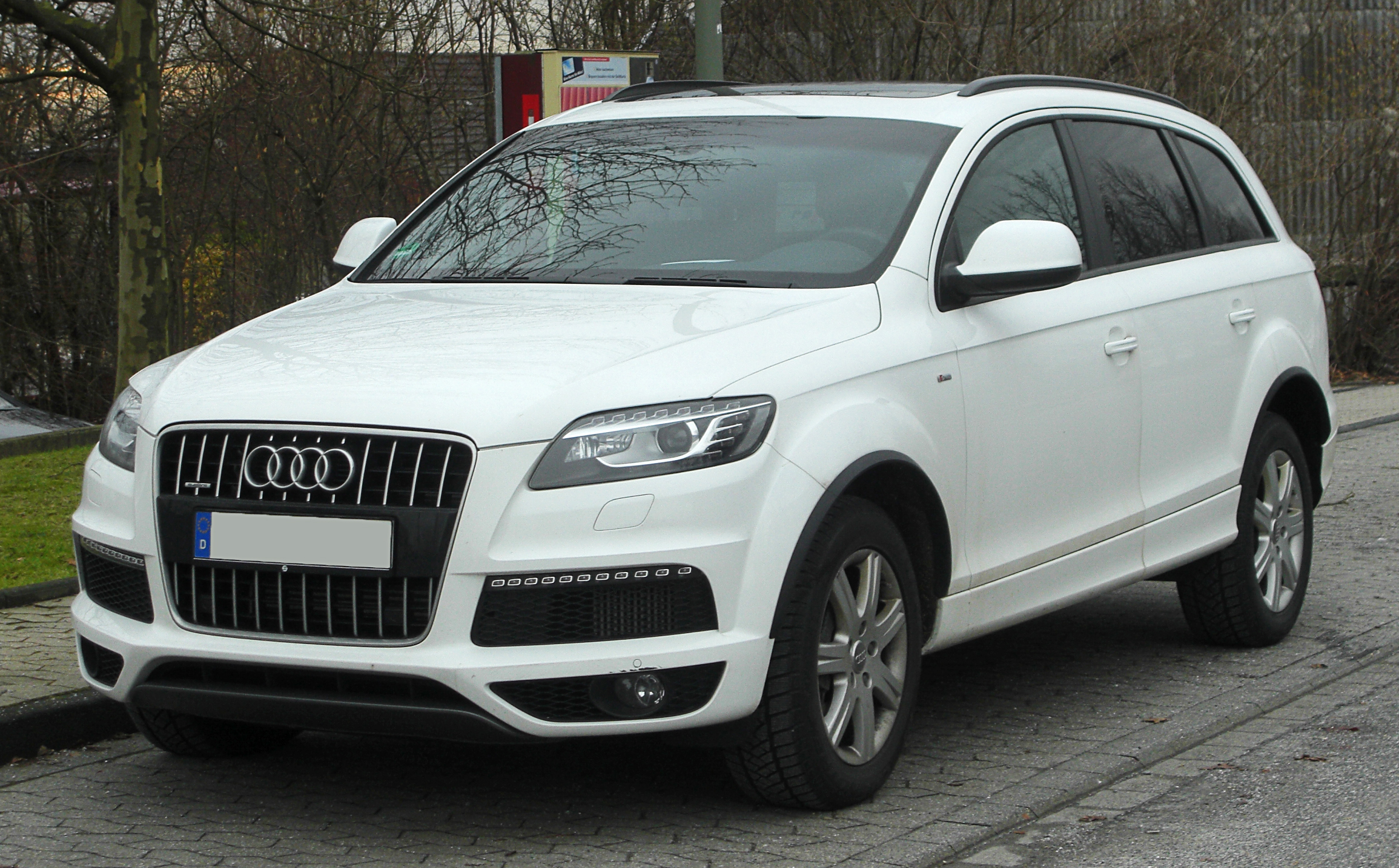 2008 audi q7 pictures information and specs auto. Black Bedroom Furniture Sets. Home Design Ideas