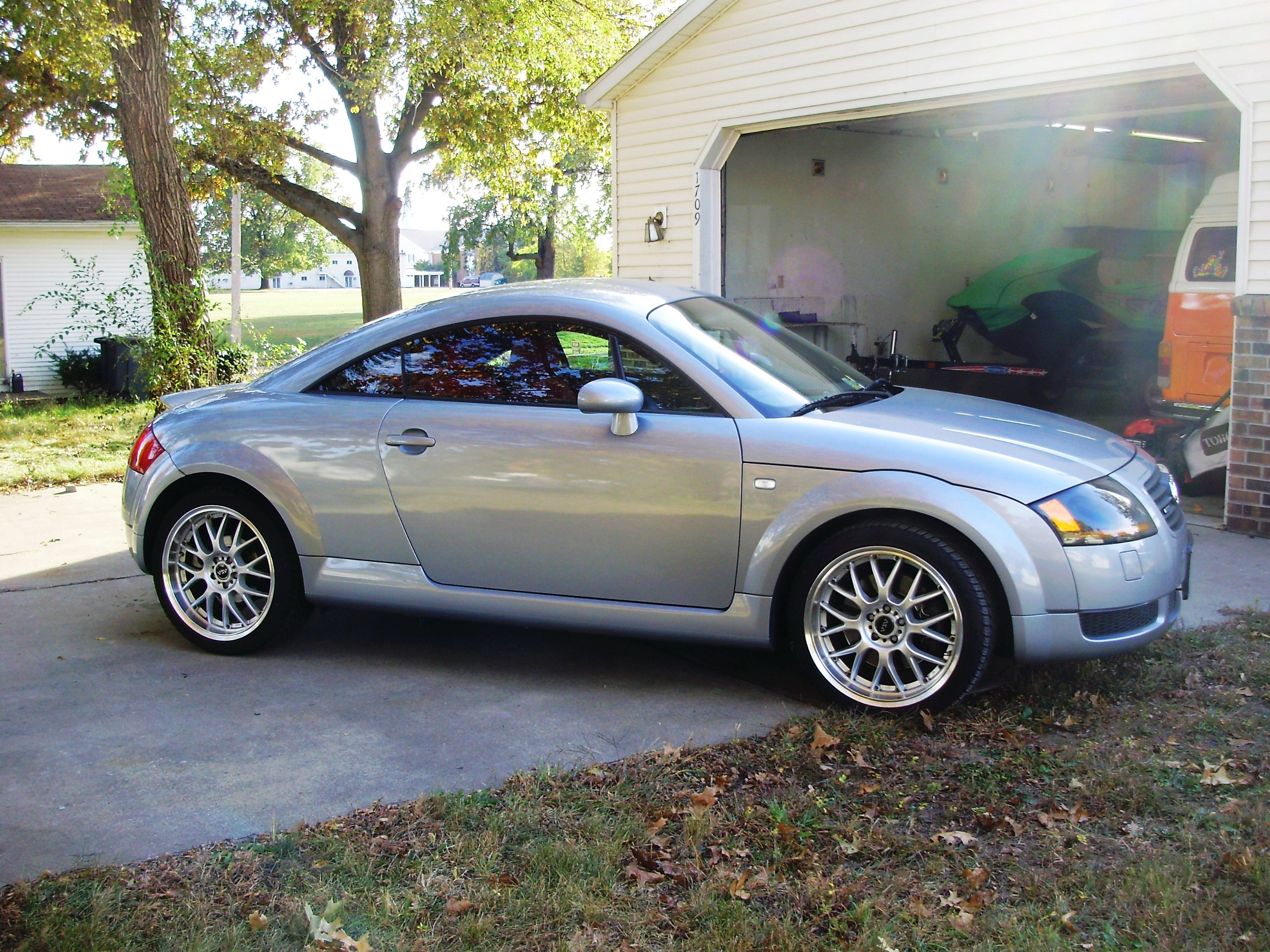 2002 audi tt 8n pictures information and specs auto. Black Bedroom Furniture Sets. Home Design Ideas