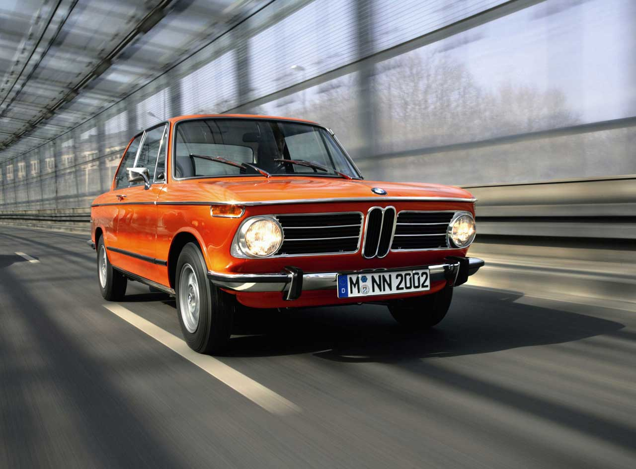 bmw 02 series images