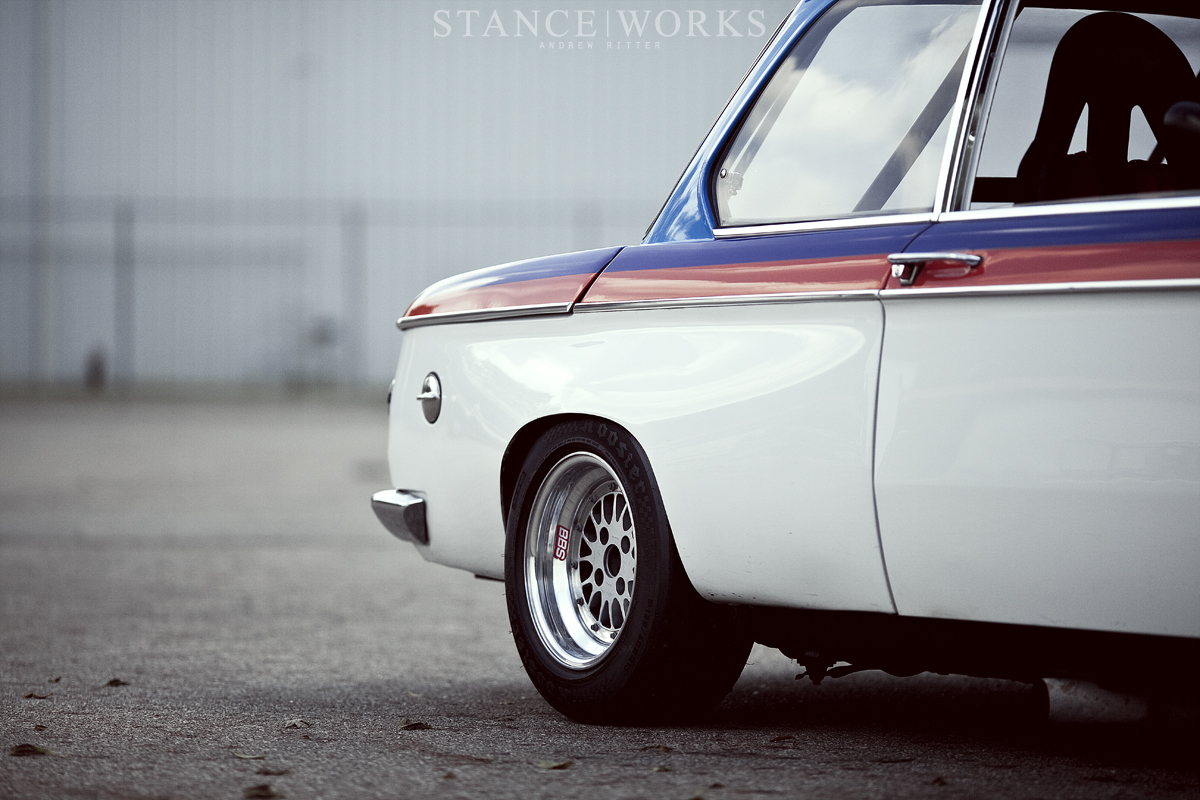 bmw 02 series pictures