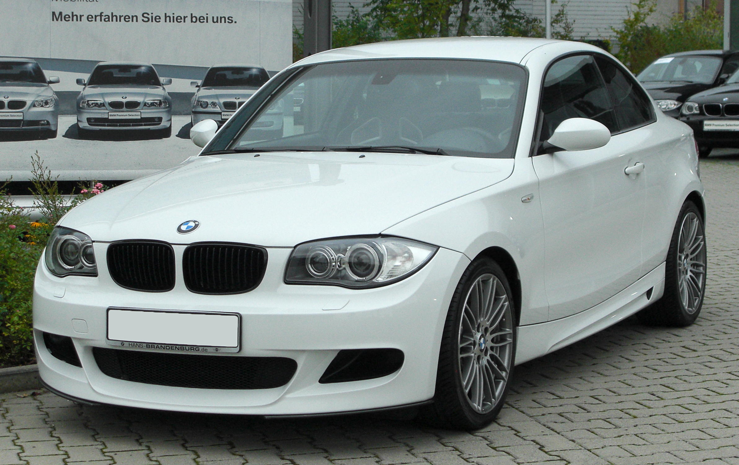 bmw 1er coupe (e82) 2011 models
