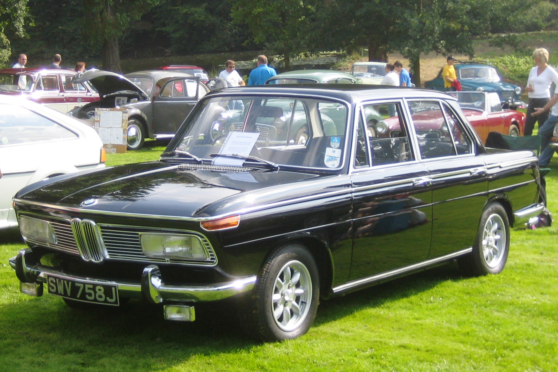 bmw 2000 seriess #2