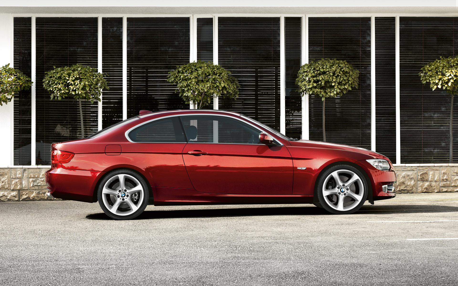 2013 bmw 3 series coupe e92 pictures information and specs auto. Black Bedroom Furniture Sets. Home Design Ideas