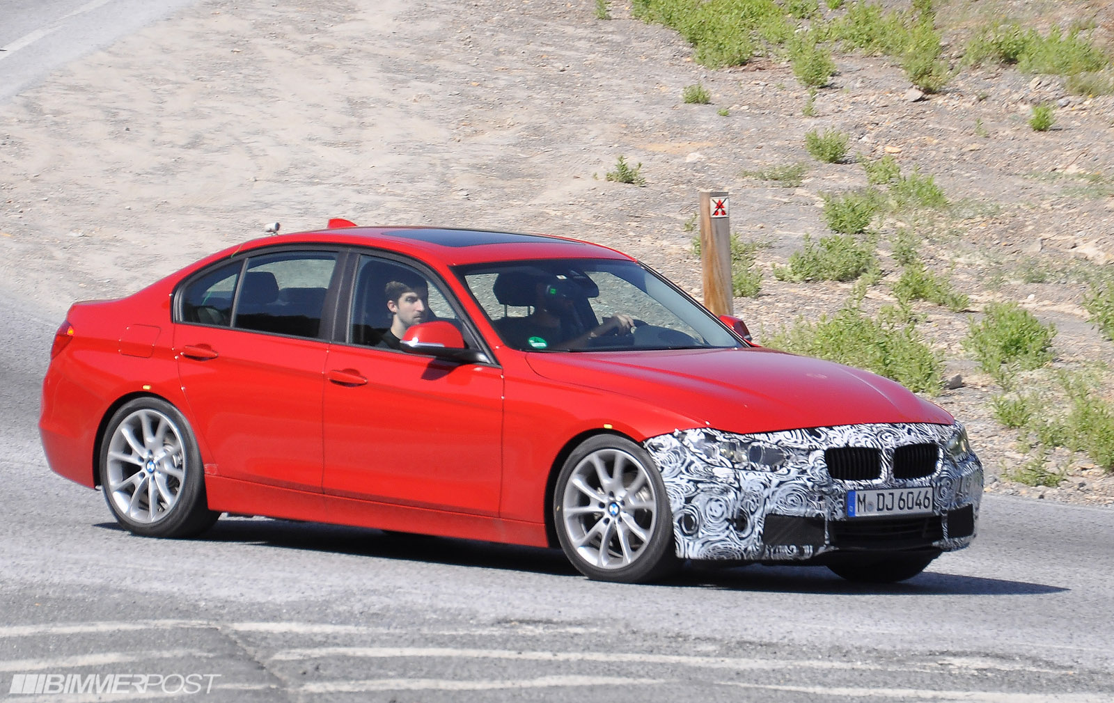 bmw 3 series coupe (e92) 2016 models