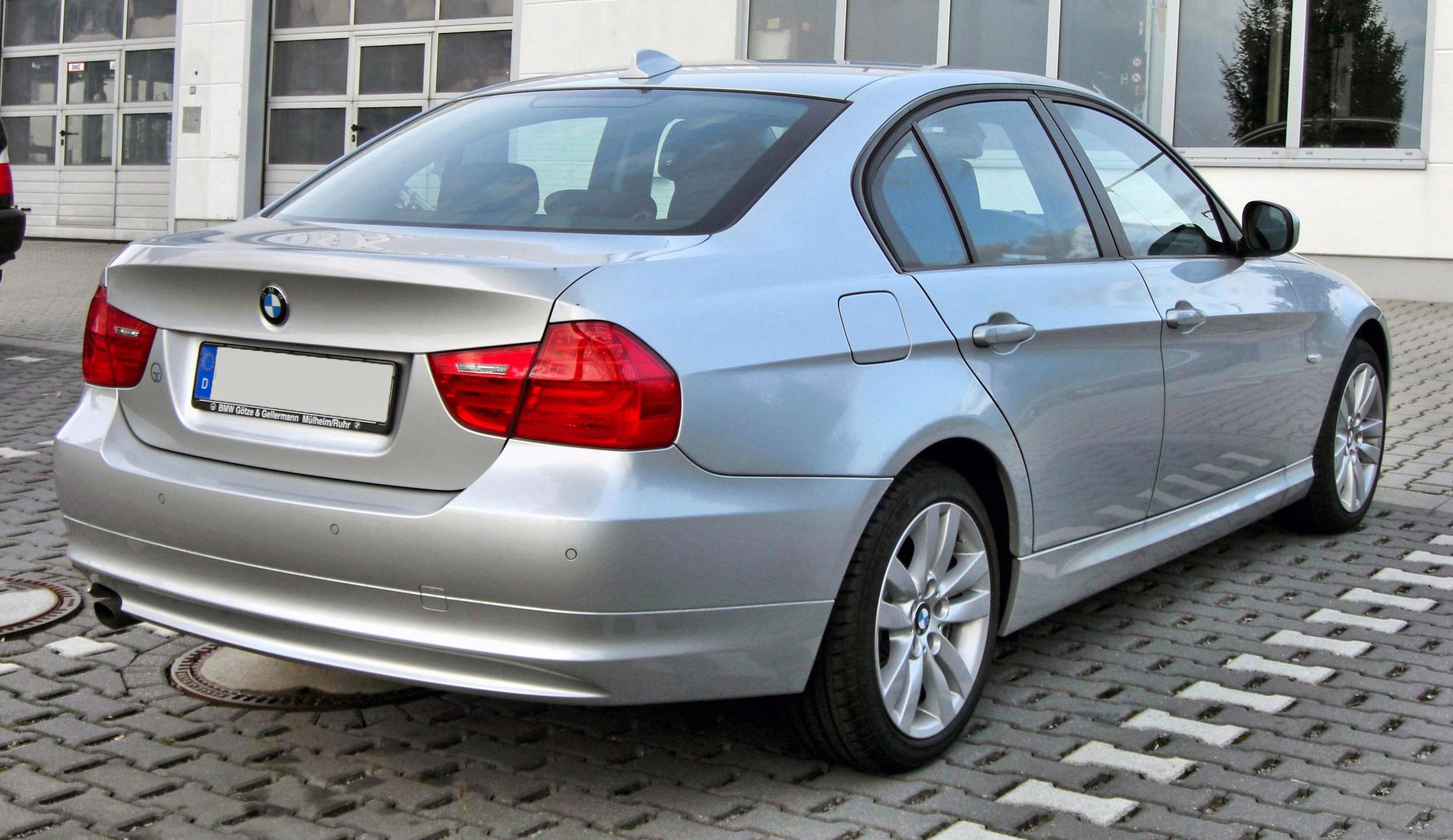 2010 bmw 3 series e90 pictures information and specs auto. Black Bedroom Furniture Sets. Home Design Ideas