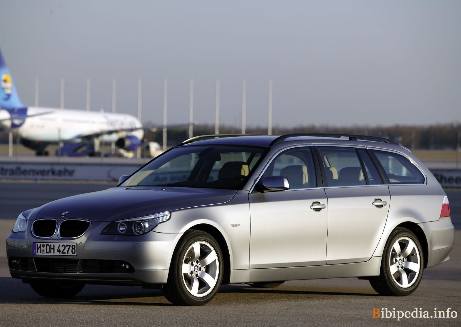 2007 bmw 5er touring e61 pictures information and specs auto. Black Bedroom Furniture Sets. Home Design Ideas