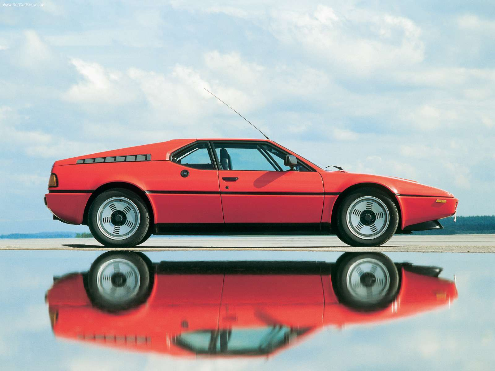 bmw m1 seriess