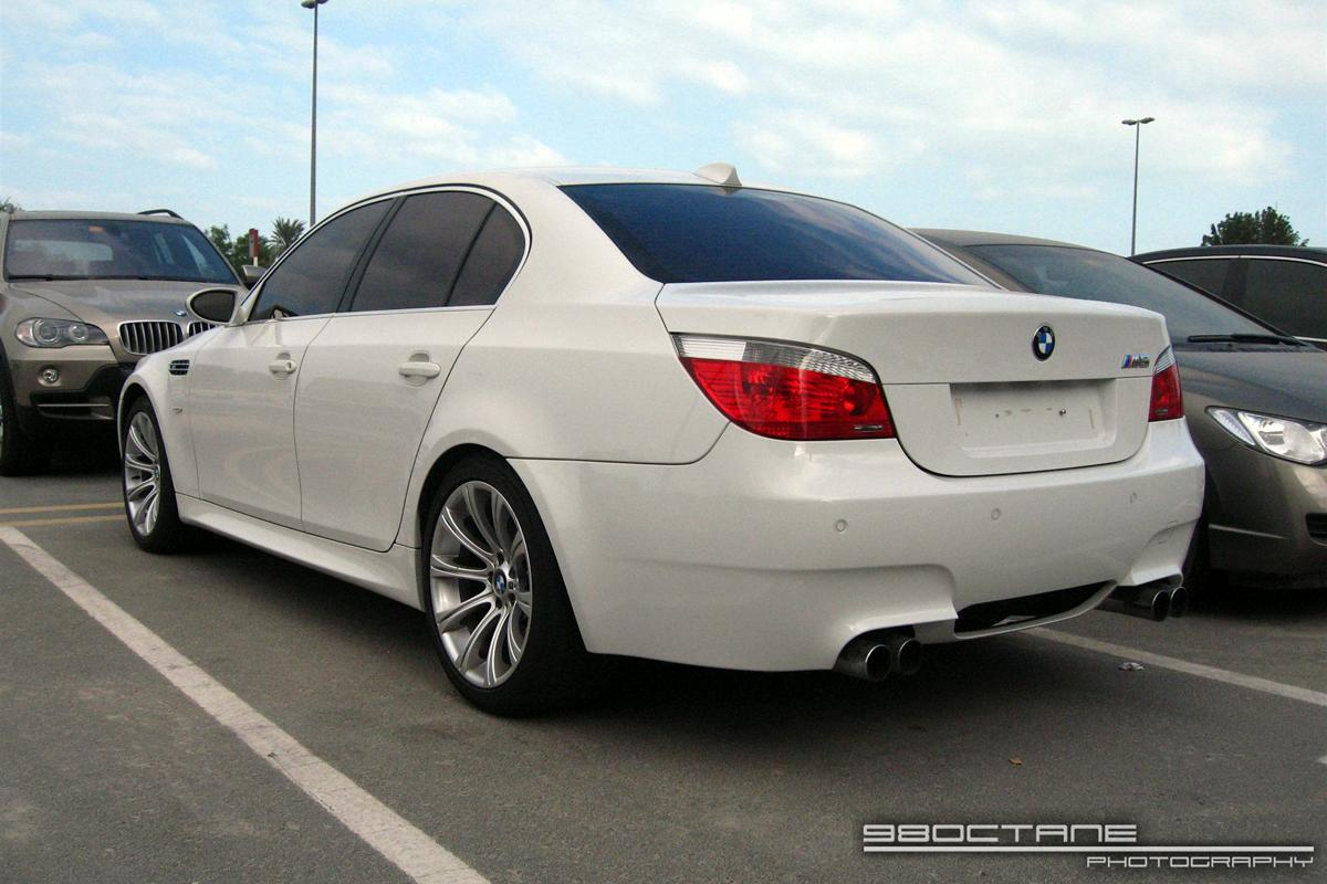 2009 bmw m5 e60 pictures information and specs auto. Black Bedroom Furniture Sets. Home Design Ideas