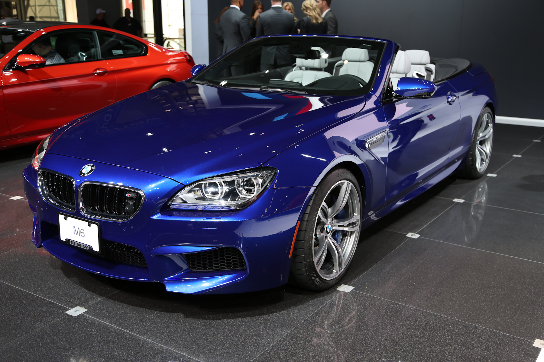 2013 bmw m6 convertible f13 pictures information and. Black Bedroom Furniture Sets. Home Design Ideas
