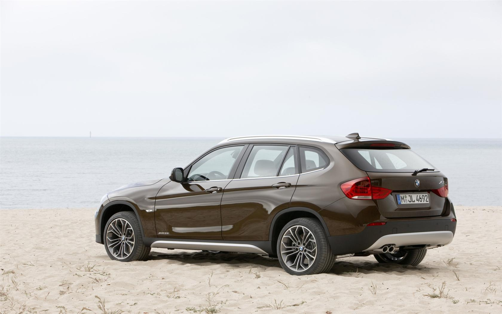 2010 bmw x1 pictures information and specs auto. Black Bedroom Furniture Sets. Home Design Ideas