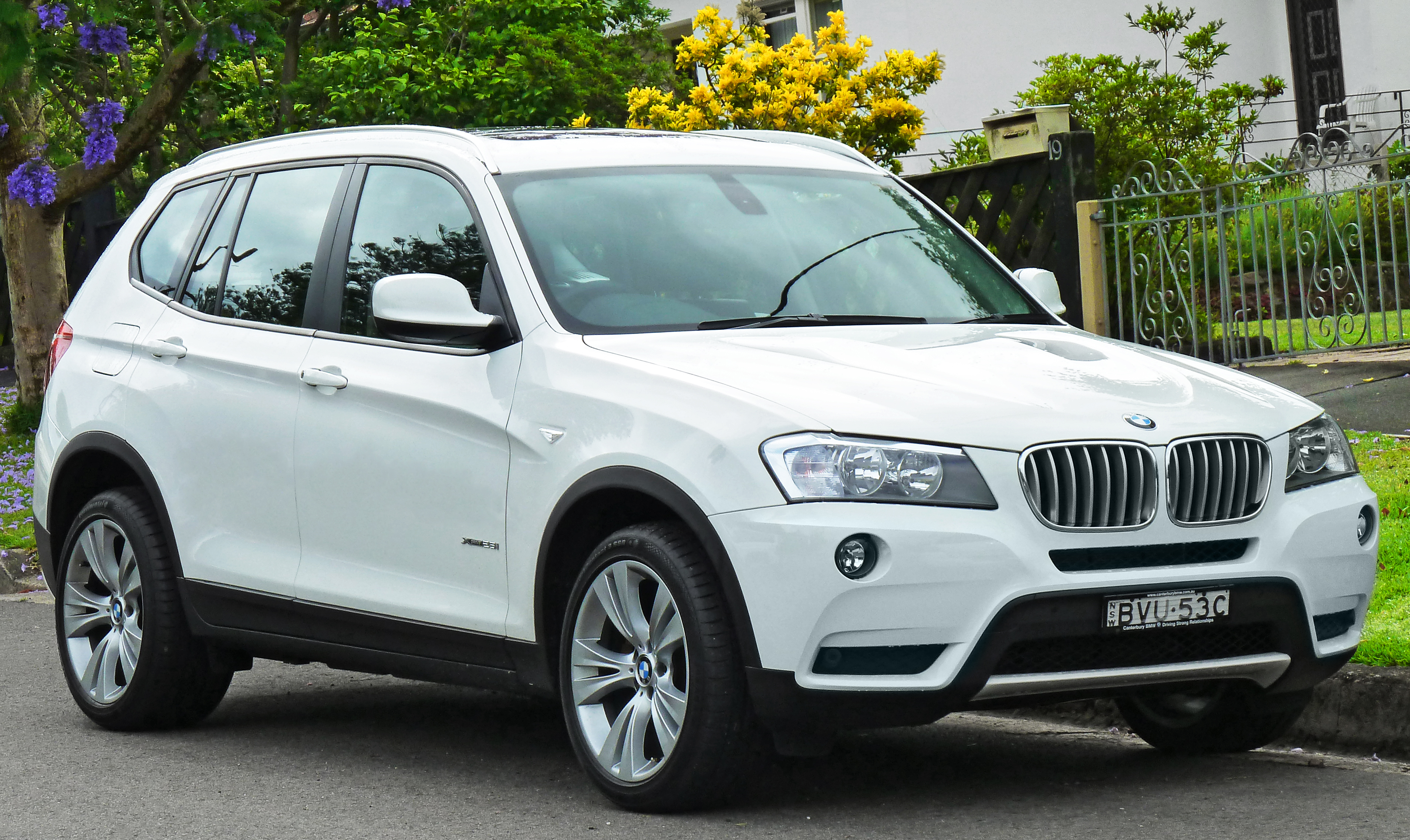 bmw x3 pictures information and specs auto. Black Bedroom Furniture Sets. Home Design Ideas