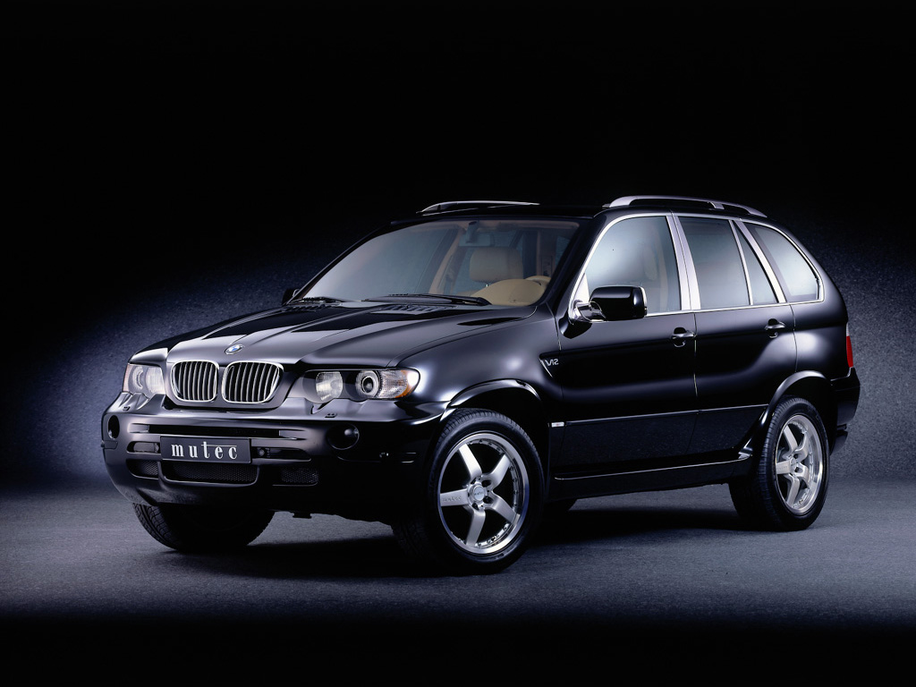 also N besides D Towing Your Race Car Bmw X X Airstream in addition Pic further Pic. on bmw x5 e53 2001