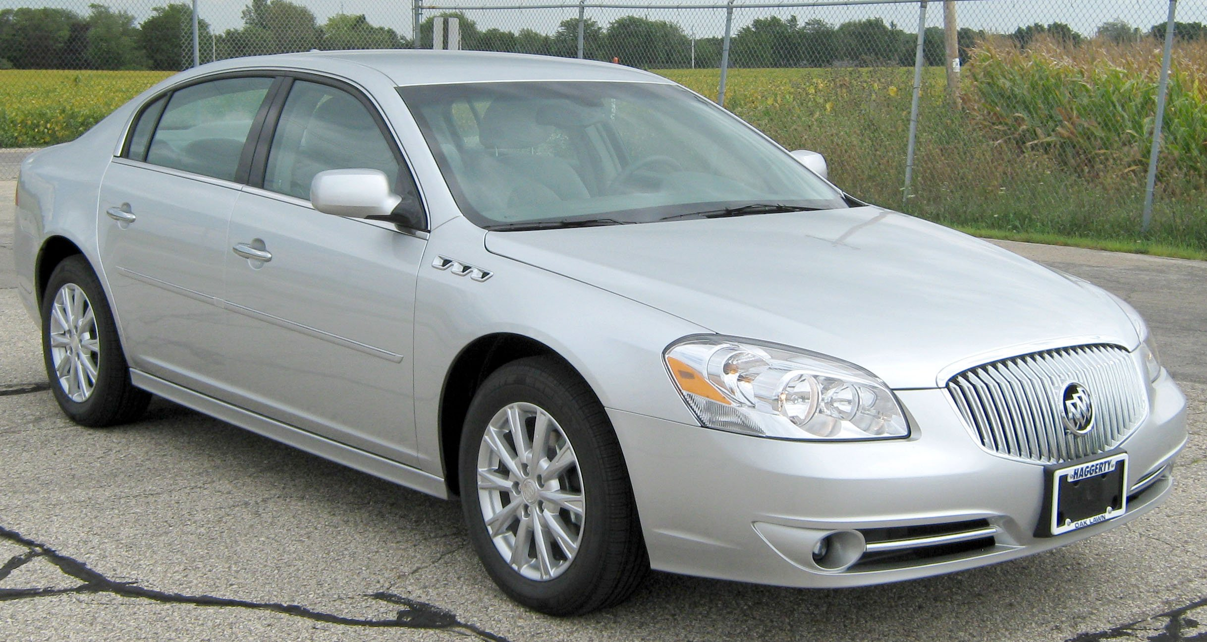 Buick Lucerne Models on 2006 Buick Lacrosse Cx