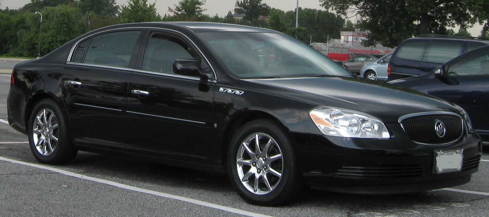 buick lucerne pictures