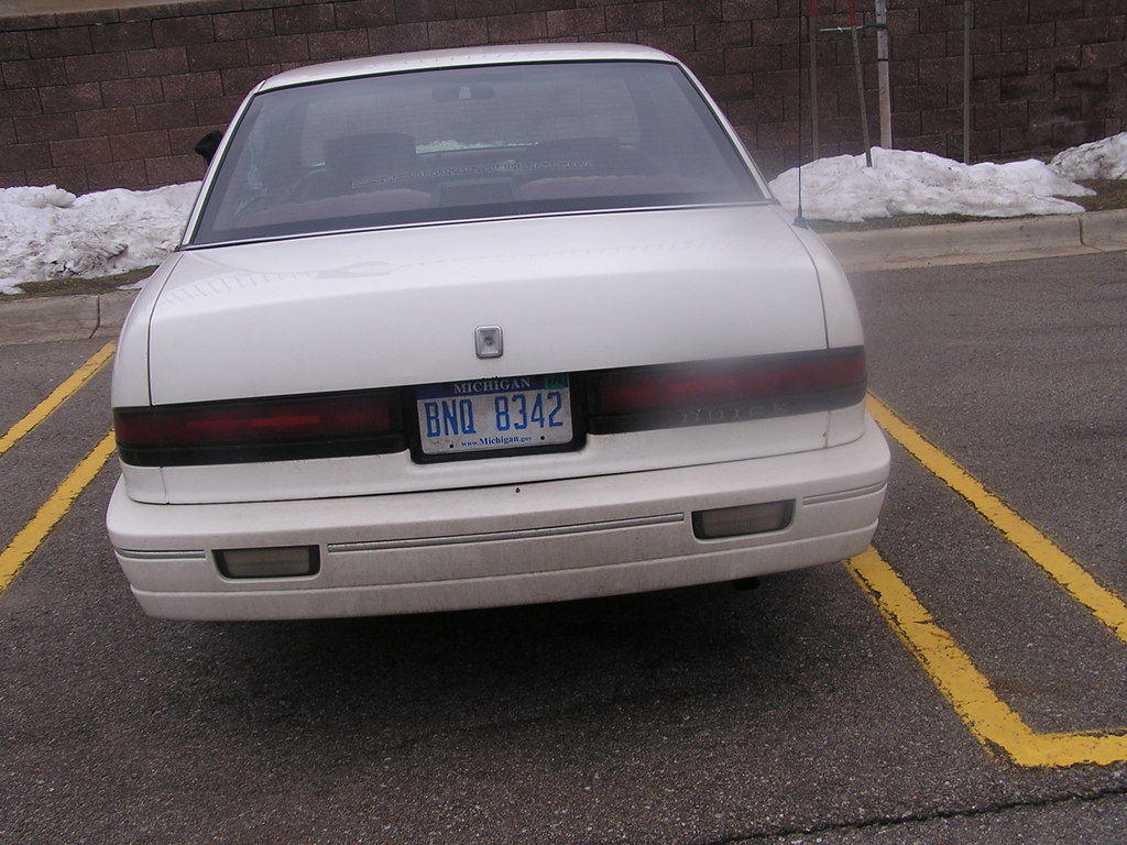 buick regal 1992 pictures