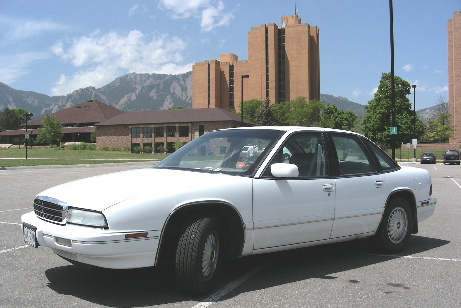 buick regal 1994 pictures