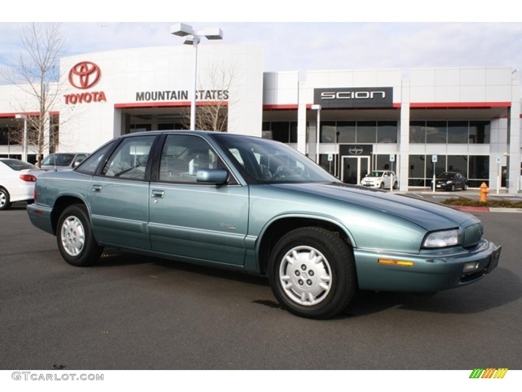 buick regal 1996 pictures
