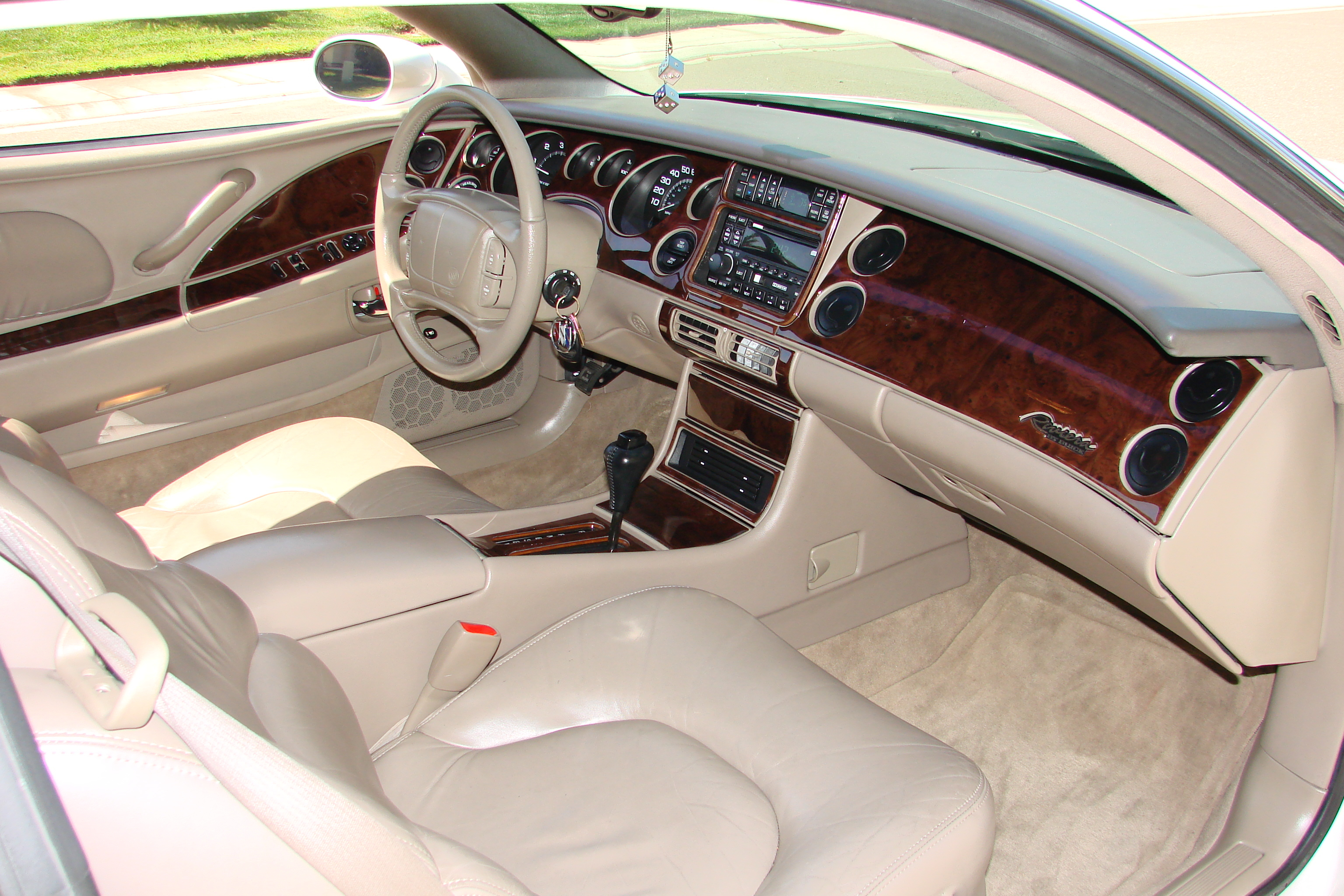 buick riviera 1999 pictures #3