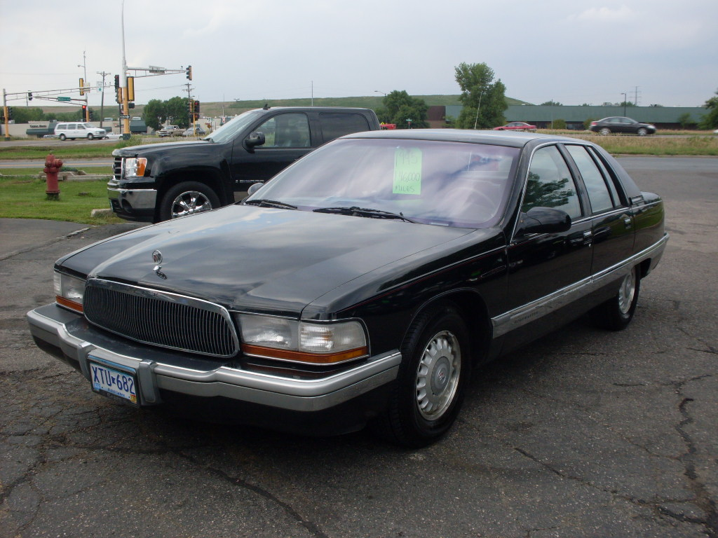 buick roadmaster 1995 wallpaper