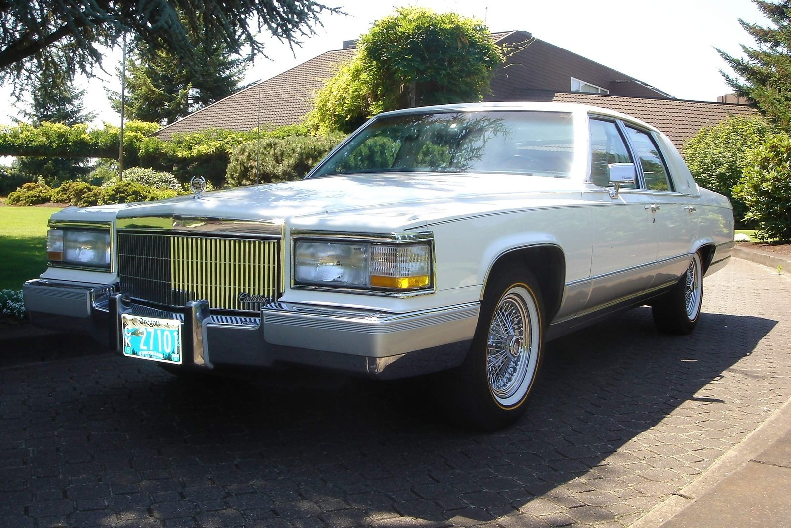 cadillac brougham pictures information and specs auto. Black Bedroom Furniture Sets. Home Design Ideas