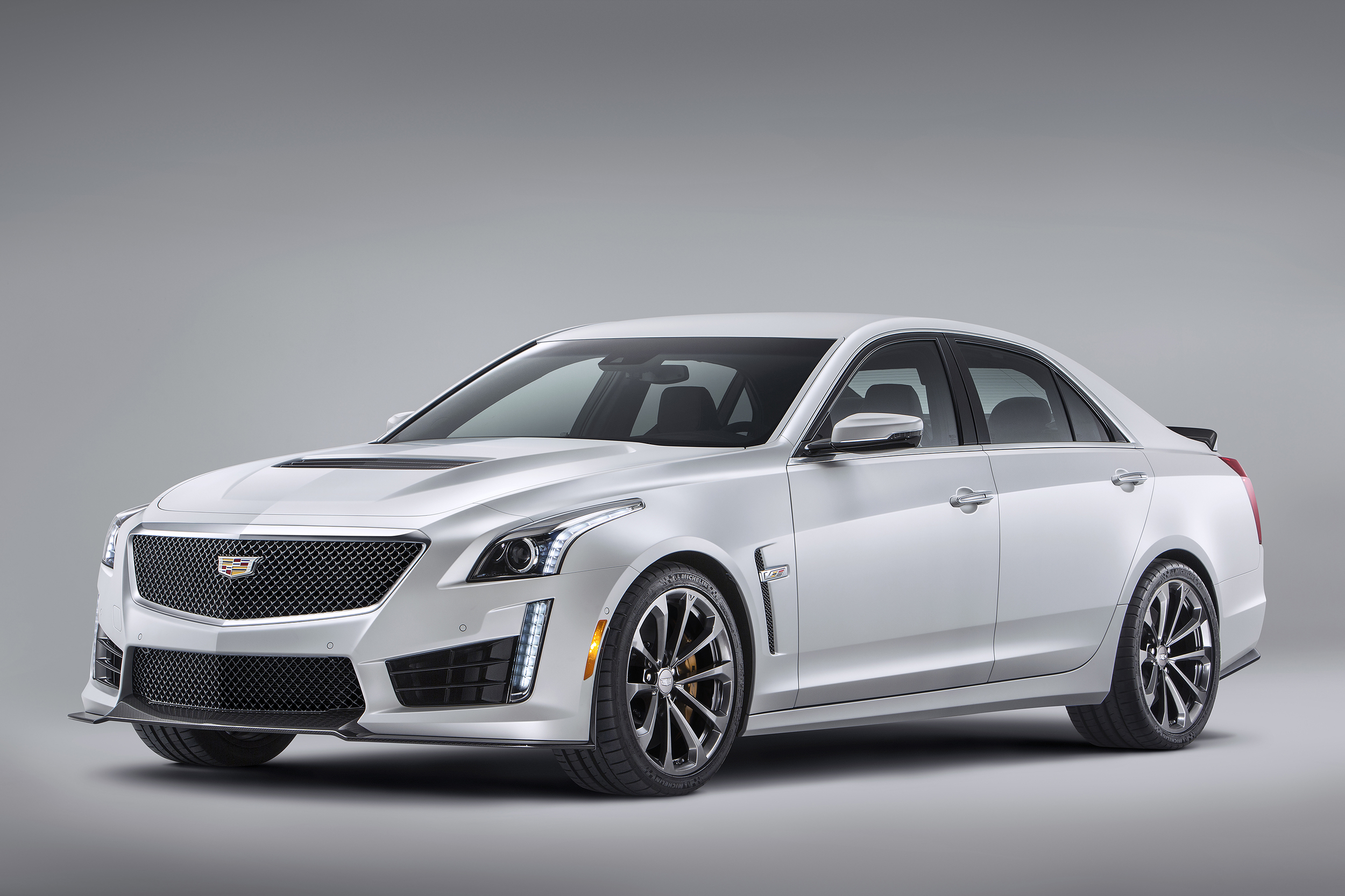 Cadillac Dts 2016 Pictures 2