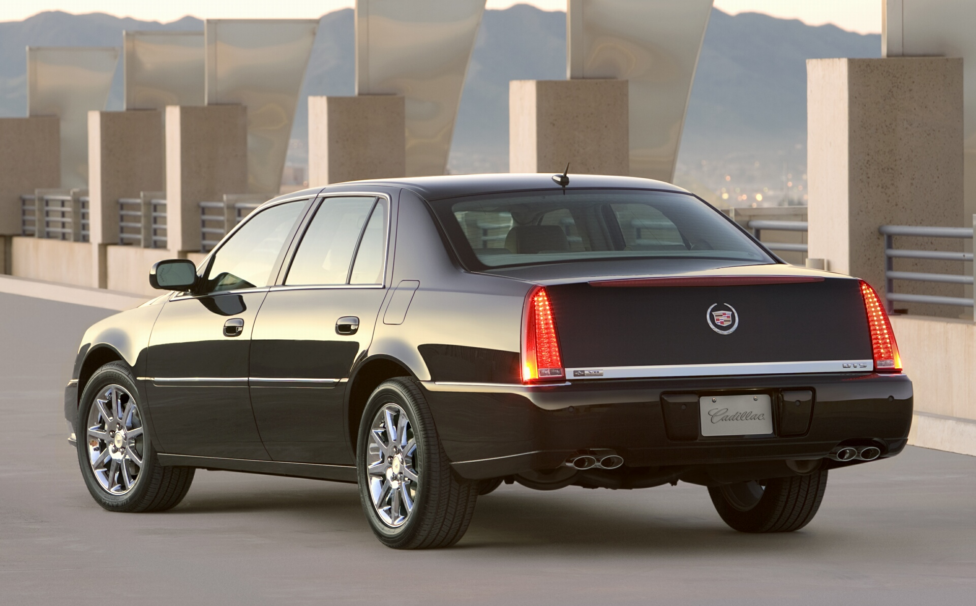 cadillac dts images #2