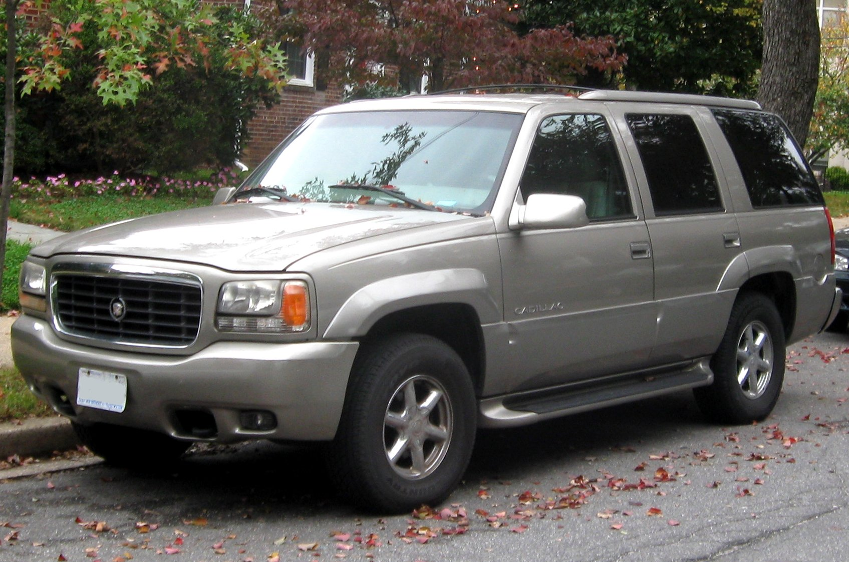 1998 Cadillac Escalade Pictures Information And Specs