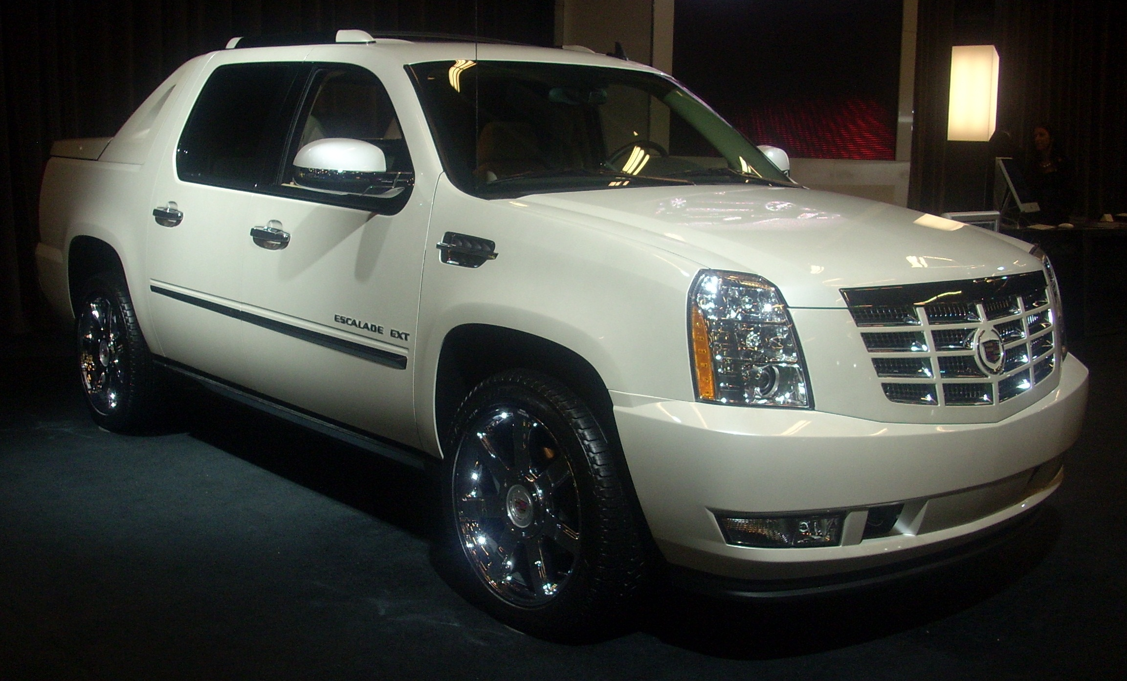 Filename cadillac escalade ext 2010 wallpaper 284303 jpg