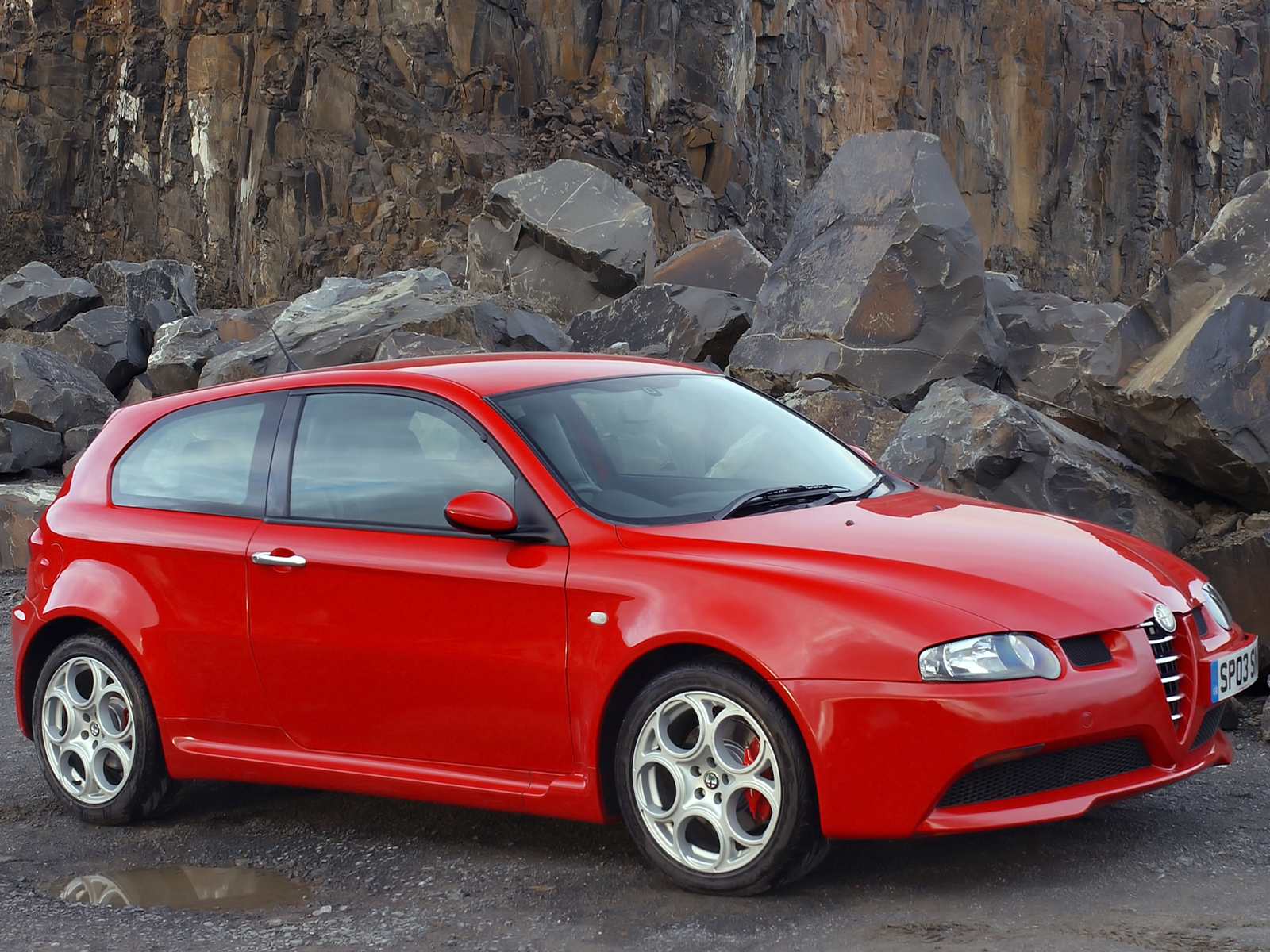 2003 alfa romeo 147 gta pictures information and specs. Black Bedroom Furniture Sets. Home Design Ideas