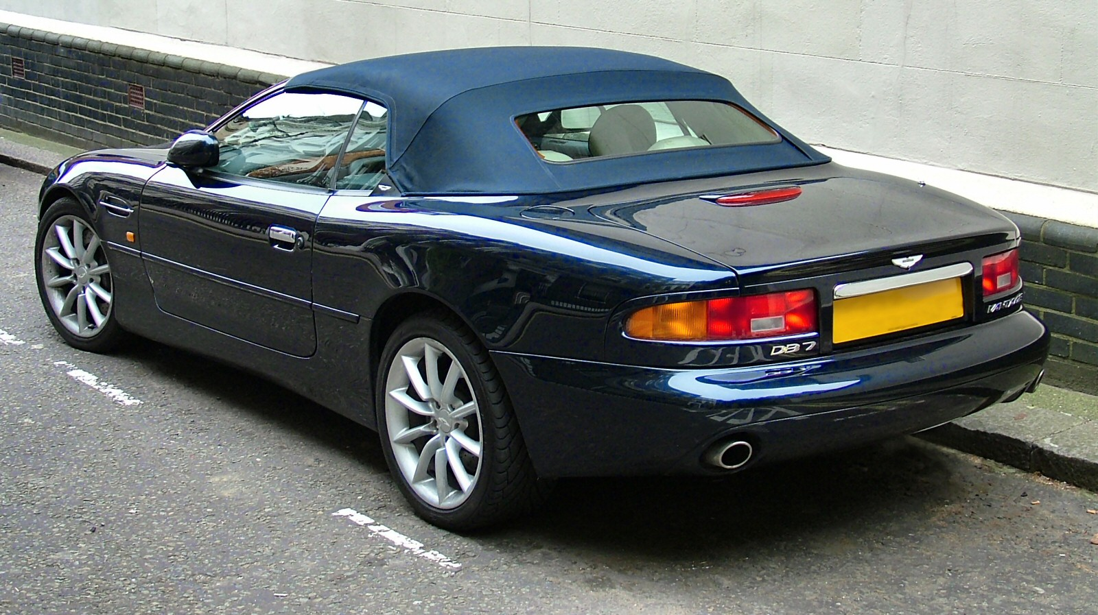 Cars aston martin db7 #4