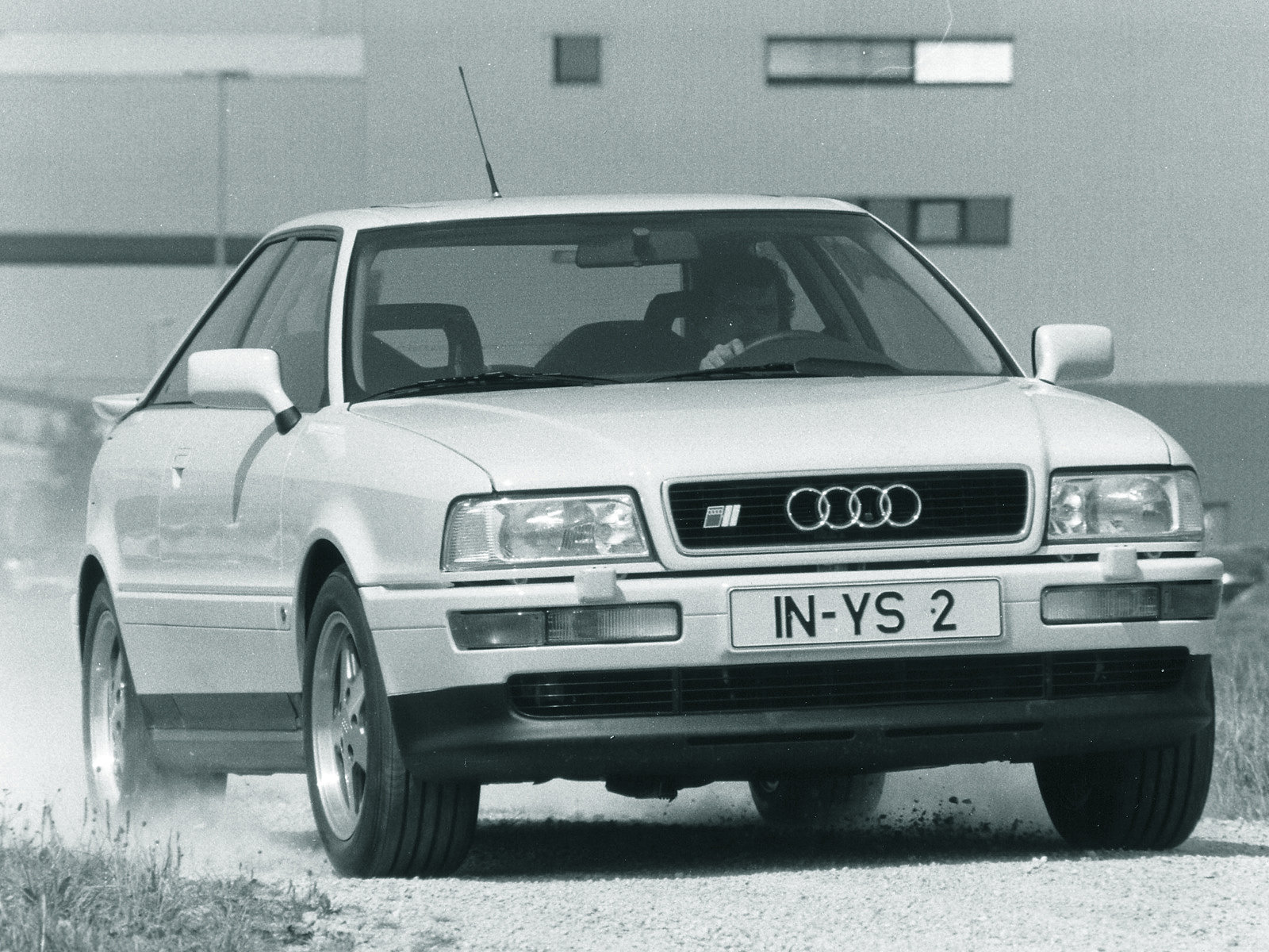 Cars audi coupe (89,8b) 1990